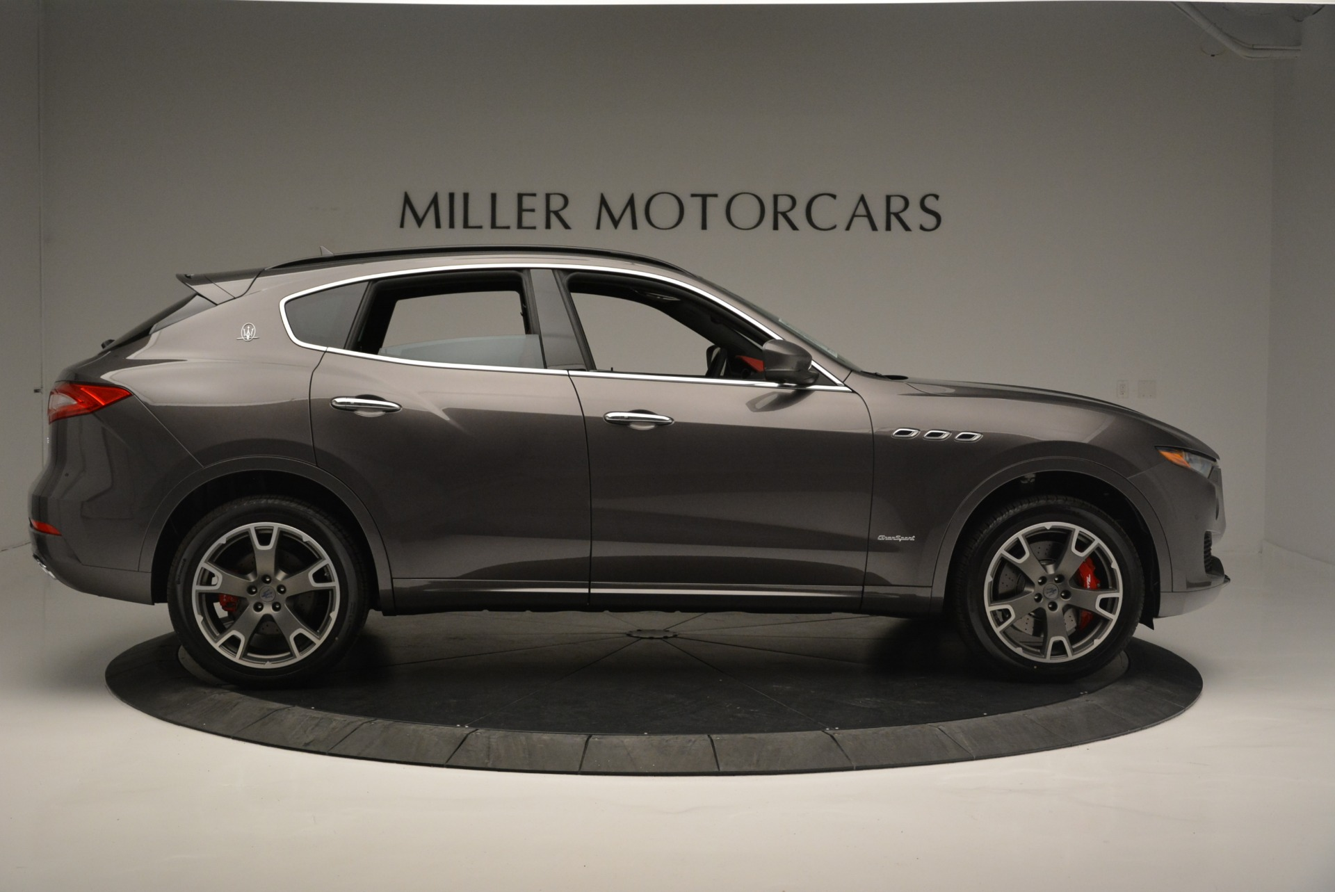 New 2018 Maserati Levante S Q4 GranSport For Sale In Greenwich, CT. Alfa Romeo of Greenwich, M2146 2274_p11