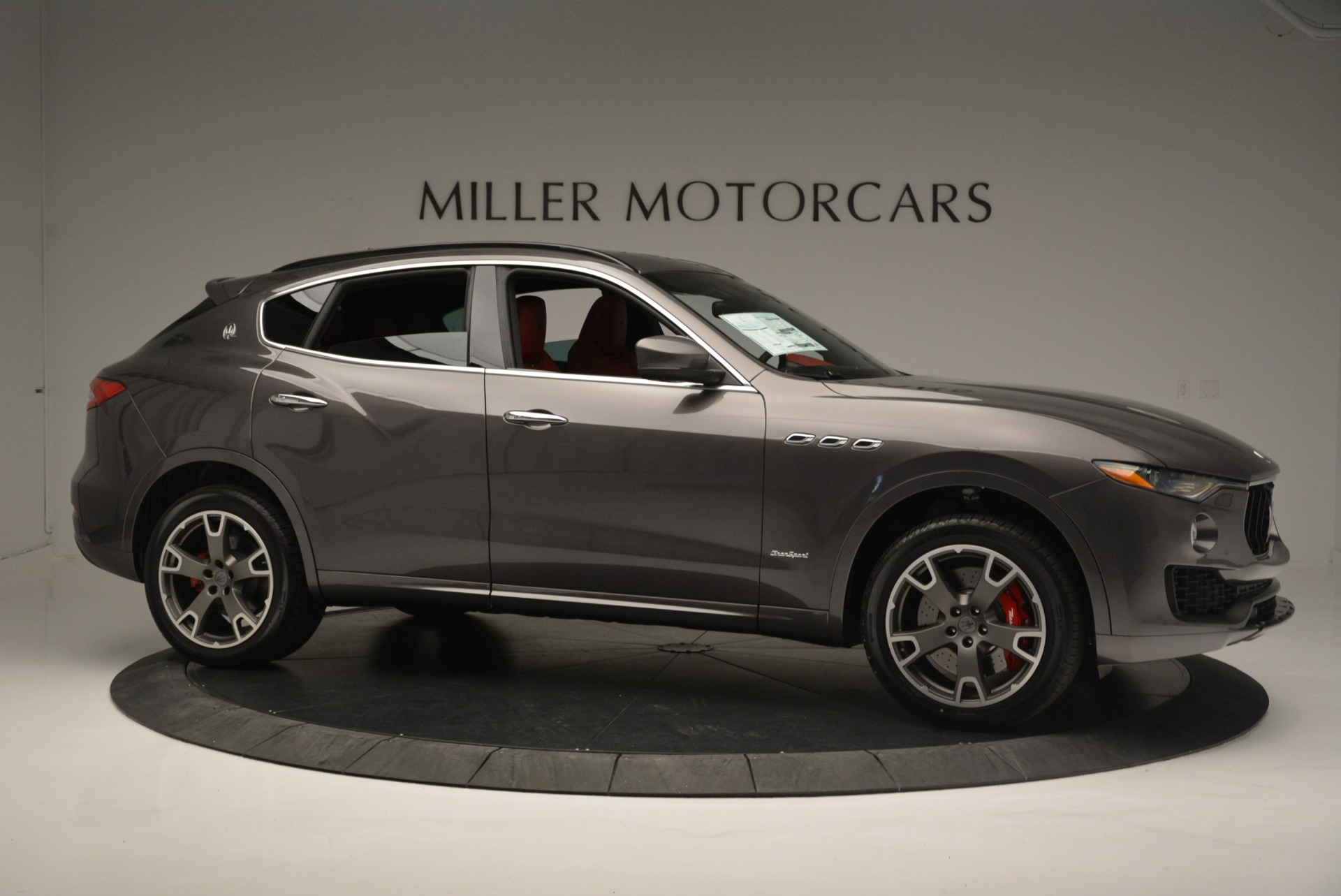 New 2018 Maserati Levante S Q4 GranSport For Sale In Greenwich, CT. Alfa Romeo of Greenwich, M2146 2274_p12