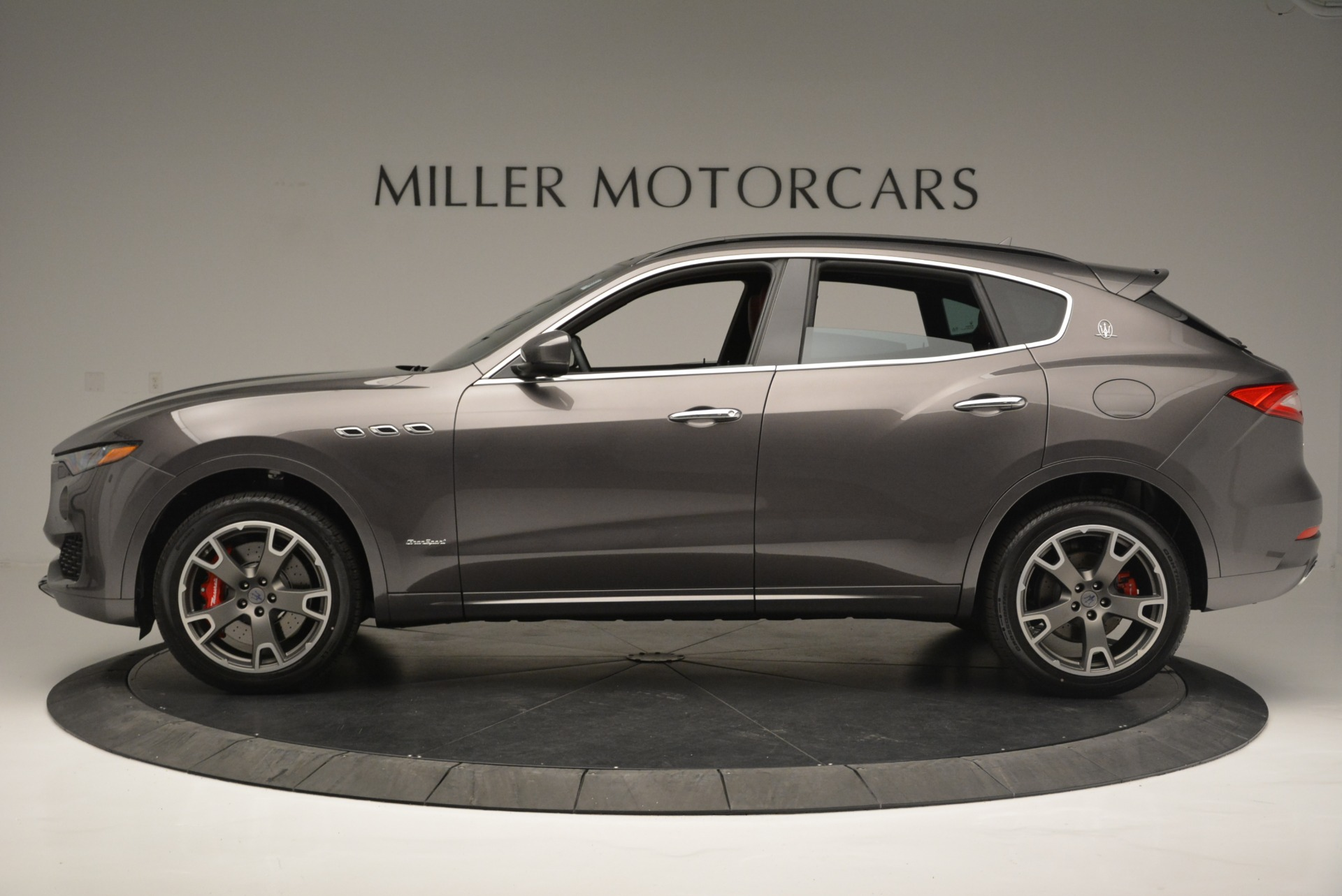 New 2018 Maserati Levante S Q4 GranSport For Sale In Greenwich, CT. Alfa Romeo of Greenwich, M2146 2274_p4