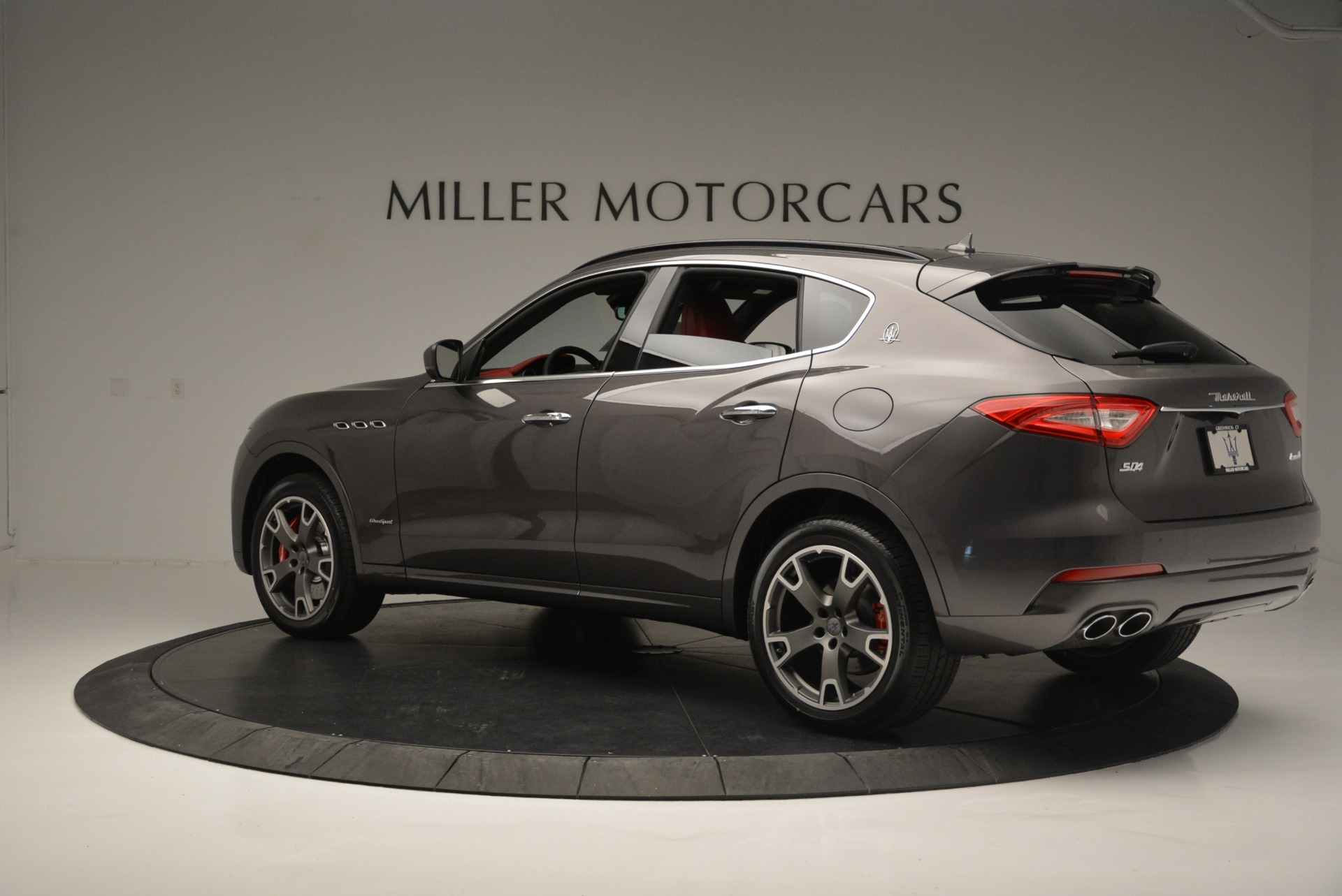 New 2018 Maserati Levante S Q4 GranSport For Sale In Greenwich, CT. Alfa Romeo of Greenwich, M2146 2274_p6