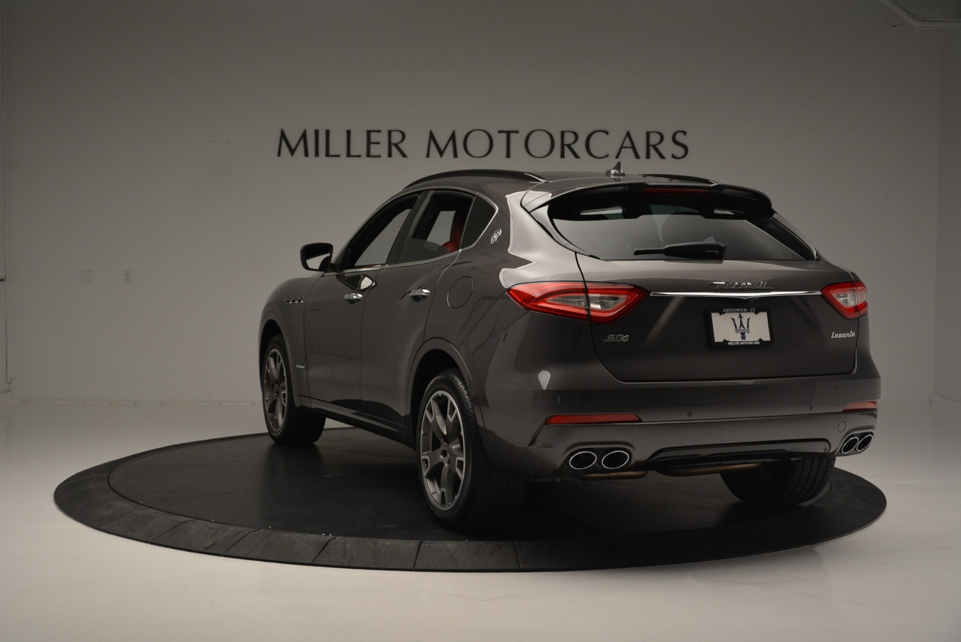 New 2018 Maserati Levante S Q4 GranSport For Sale In Greenwich, CT. Alfa Romeo of Greenwich, M2146 2274_p7