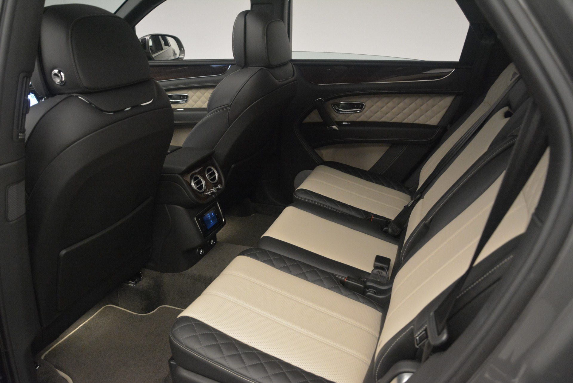 New 2018 Bentley Bentayga W12 Activity For Sale In Greenwich, CT. Alfa Romeo of Greenwich, B1356 2280_p21