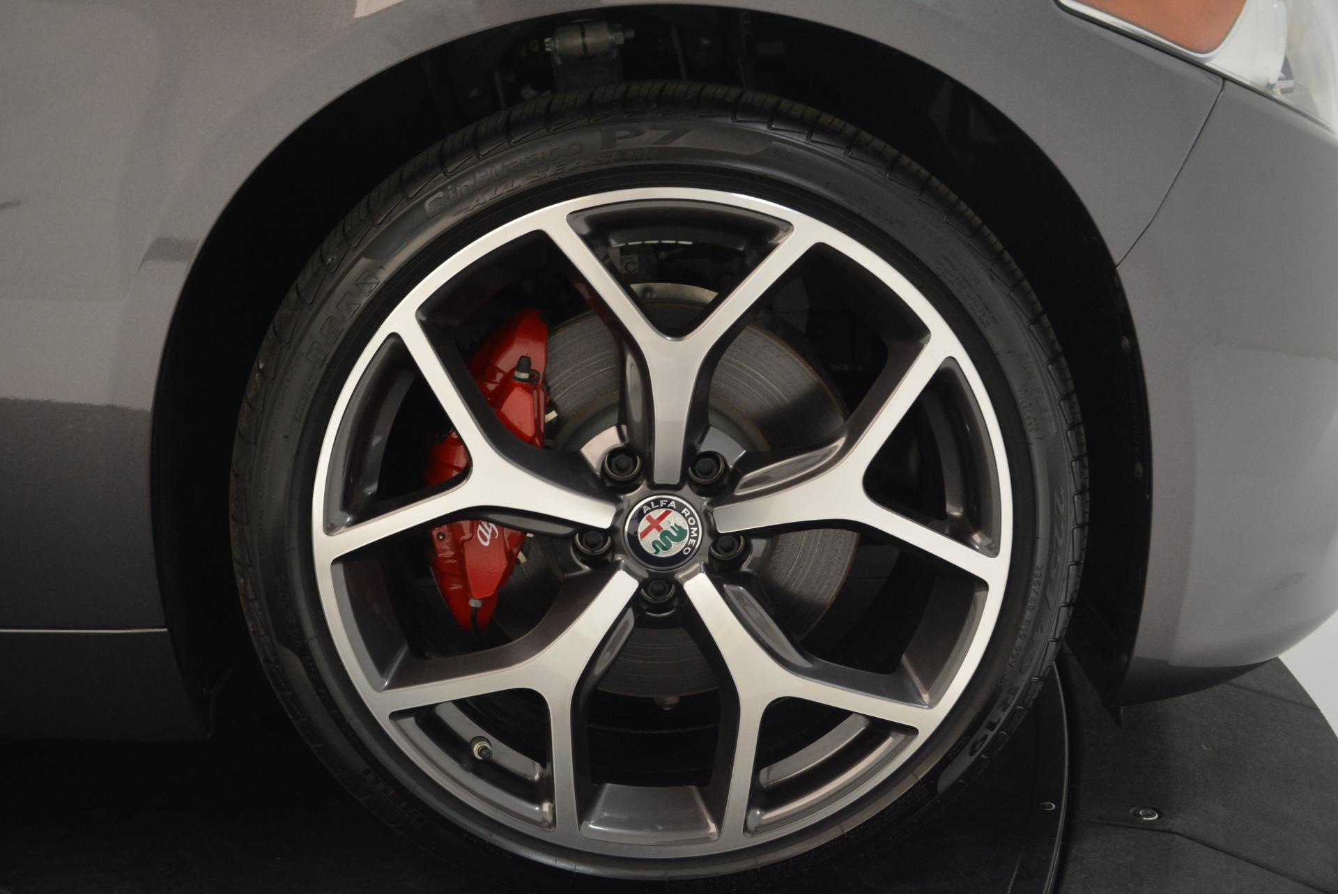 New 2018 Alfa Romeo Giulia Ti Sport Q4 For Sale In Greenwich, CT. Alfa Romeo of Greenwich, L414 2283_p25