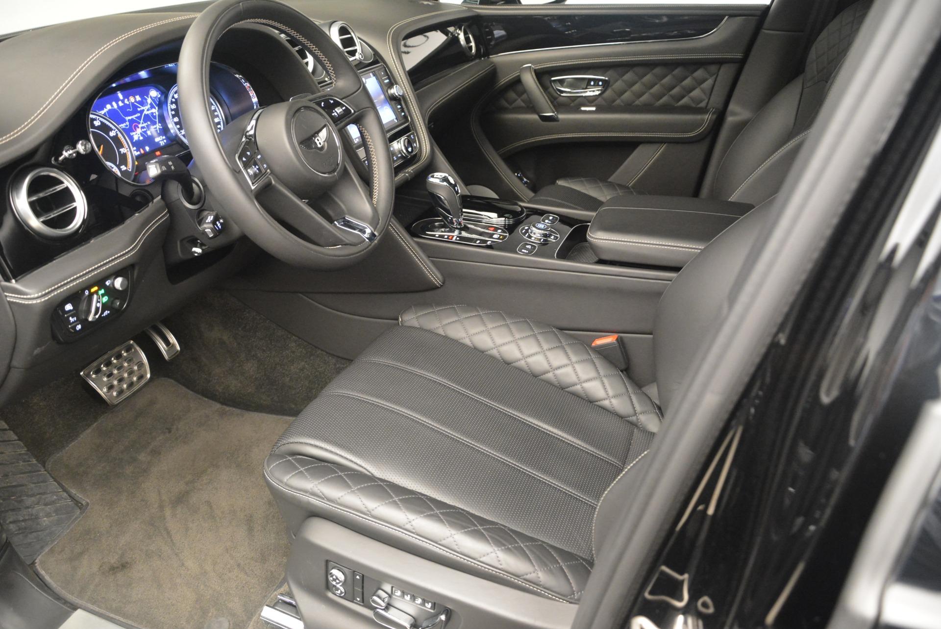 Used 2017 Bentley Bentayga W12 For Sale In Greenwich, CT. Alfa Romeo of Greenwich, 7379 2284_p14