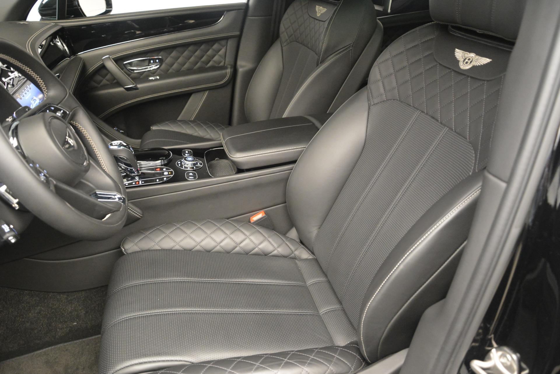 Used 2017 Bentley Bentayga W12 For Sale In Greenwich, CT. Alfa Romeo of Greenwich, 7379 2284_p15