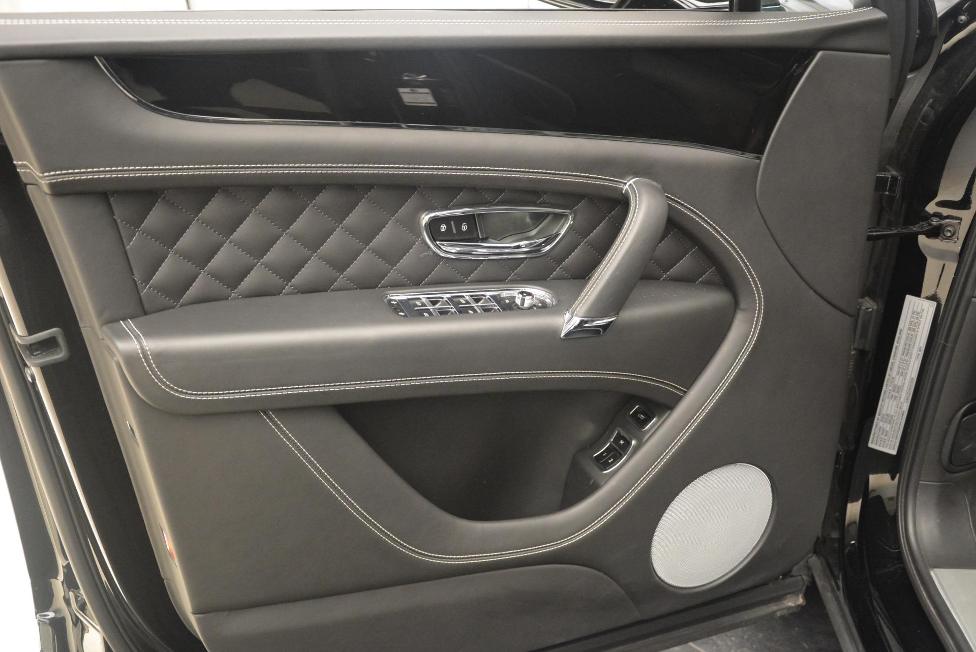 Used 2017 Bentley Bentayga W12 For Sale In Greenwich, CT. Alfa Romeo of Greenwich, 7379 2284_p16