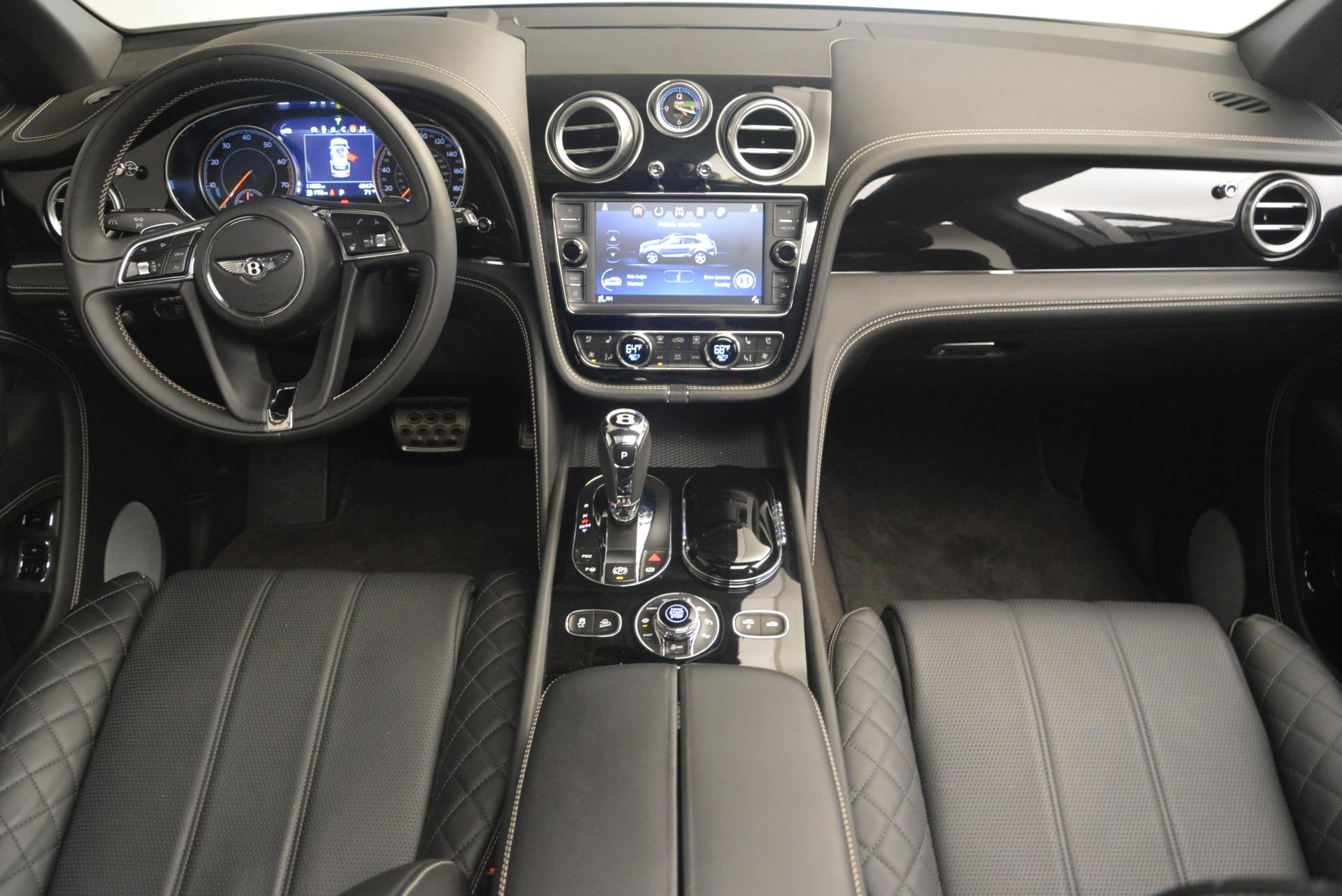 Used 2017 Bentley Bentayga W12 For Sale In Greenwich, CT. Alfa Romeo of Greenwich, 7379 2284_p22