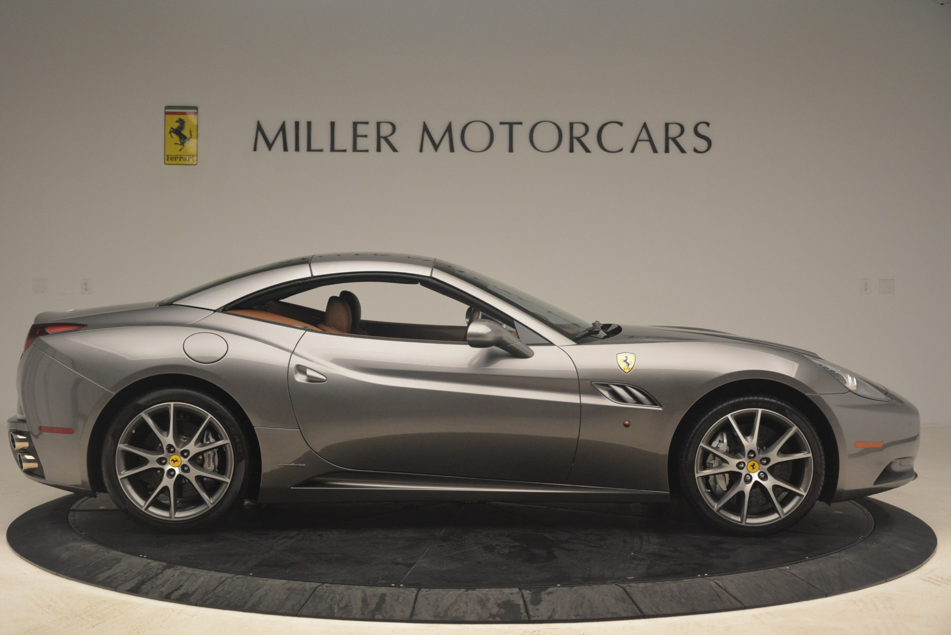 Used 2012 Ferrari California  For Sale In Greenwich, CT. Alfa Romeo of Greenwich, 4484 2285_p21