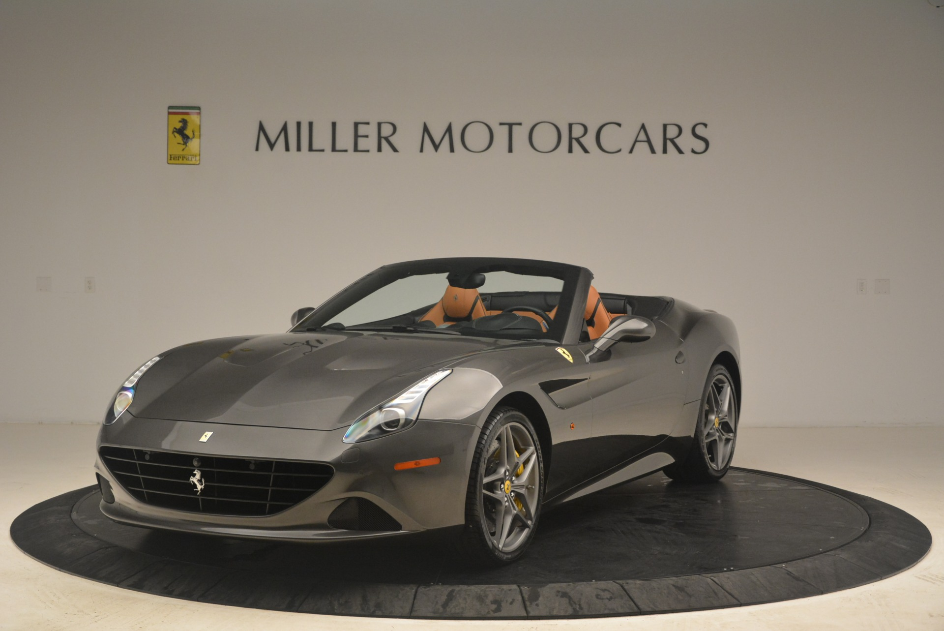 Used 2015 Ferrari California T  For Sale In Greenwich, CT. Alfa Romeo of Greenwich, 4478