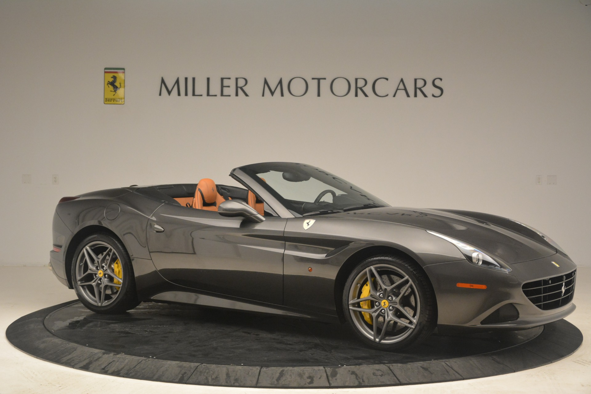 Used 2015 Ferrari California T  For Sale In Greenwich, CT. Alfa Romeo of Greenwich, 4478 2286_p10