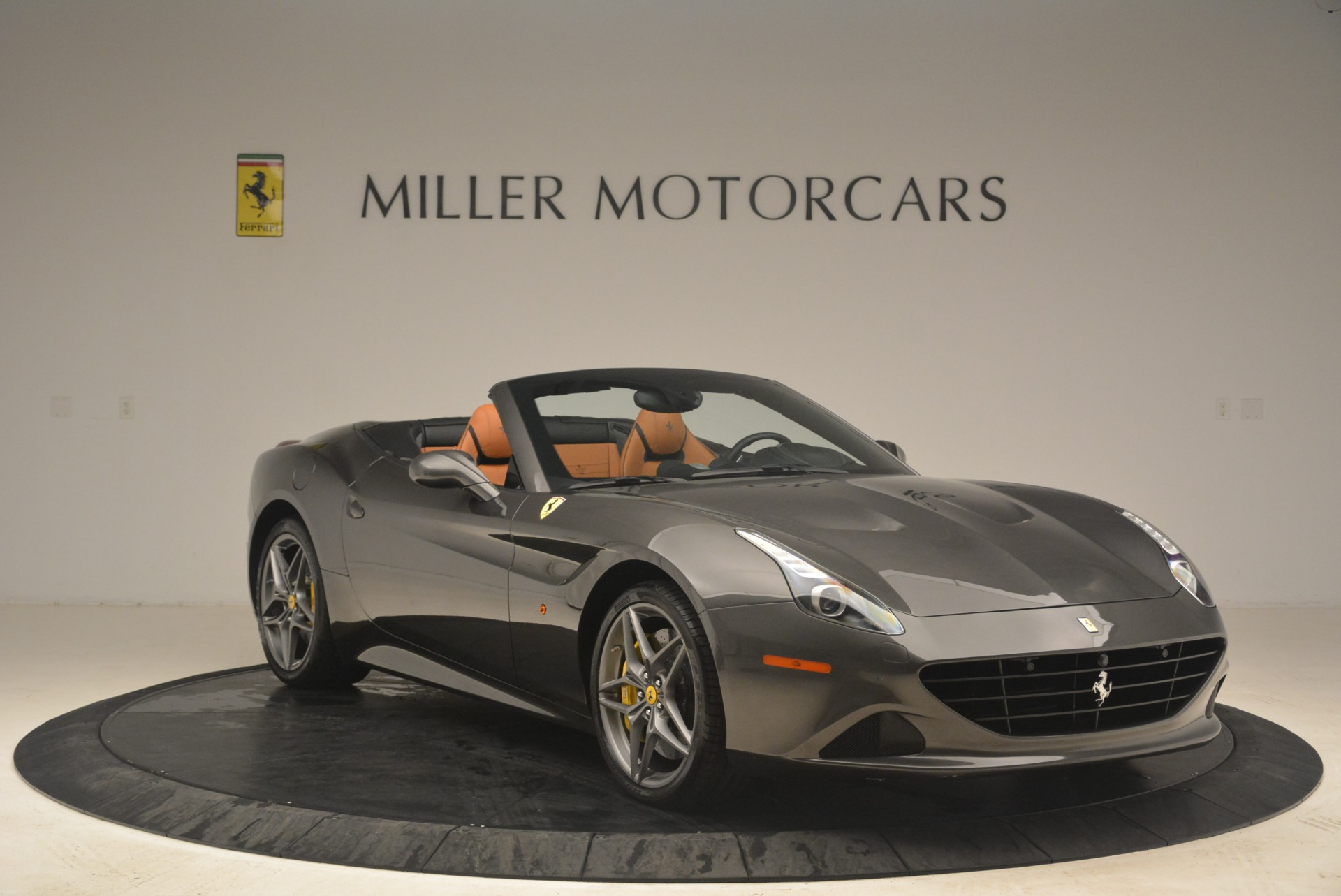 Used 2015 Ferrari California T  For Sale In Greenwich, CT. Alfa Romeo of Greenwich, 4478 2286_p11
