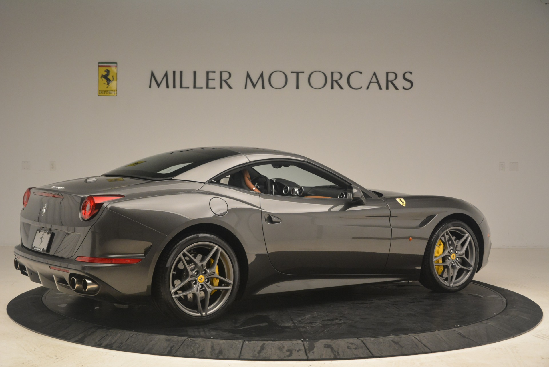 Used 2015 Ferrari California T  For Sale In Greenwich, CT. Alfa Romeo of Greenwich, 4478 2286_p20