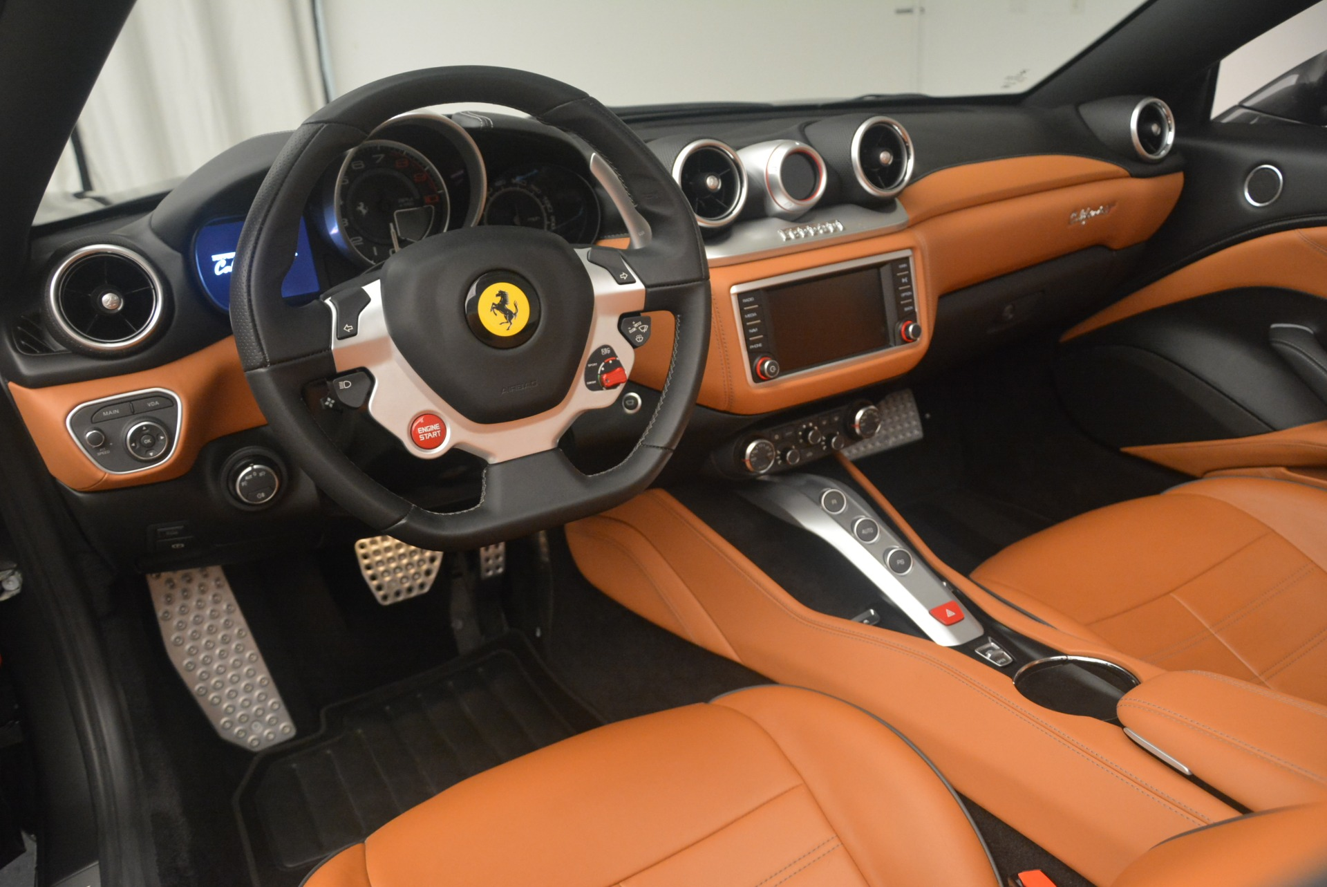 Used 2015 Ferrari California T  For Sale In Greenwich, CT. Alfa Romeo of Greenwich, 4478 2286_p25