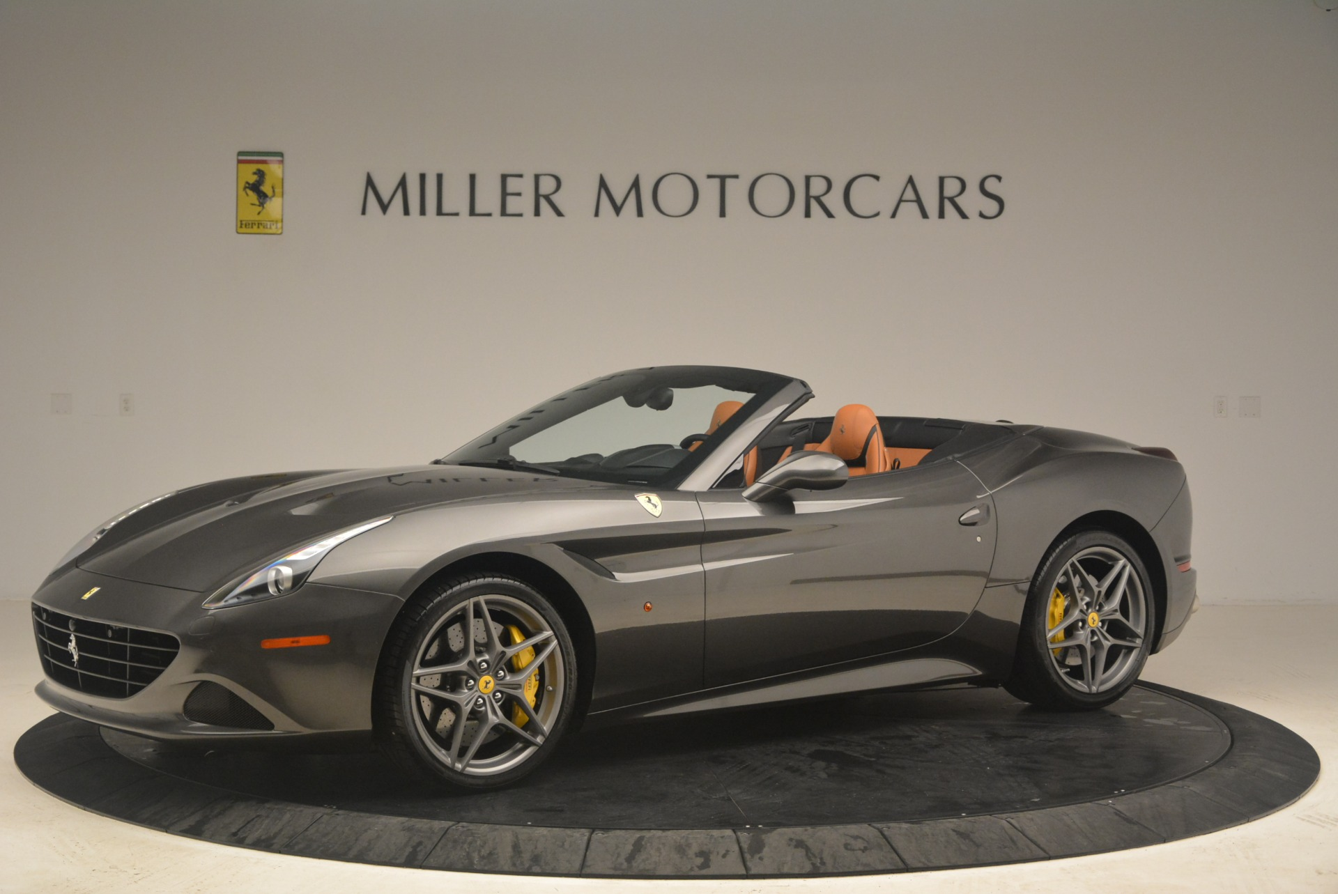 Used 2015 Ferrari California T  For Sale In Greenwich, CT. Alfa Romeo of Greenwich, 4478 2286_p2