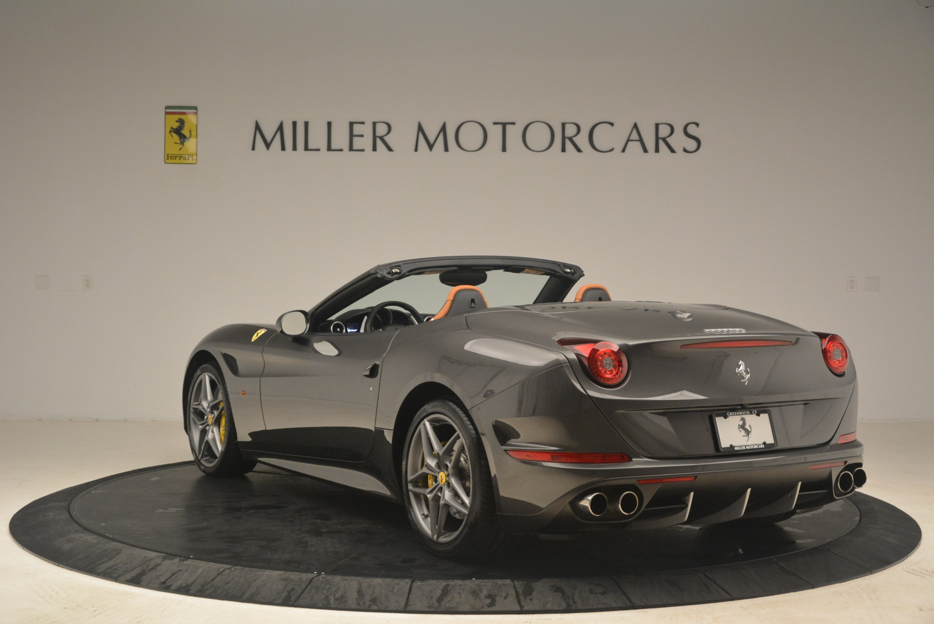 Used 2015 Ferrari California T  For Sale In Greenwich, CT. Alfa Romeo of Greenwich, 4478 2286_p5
