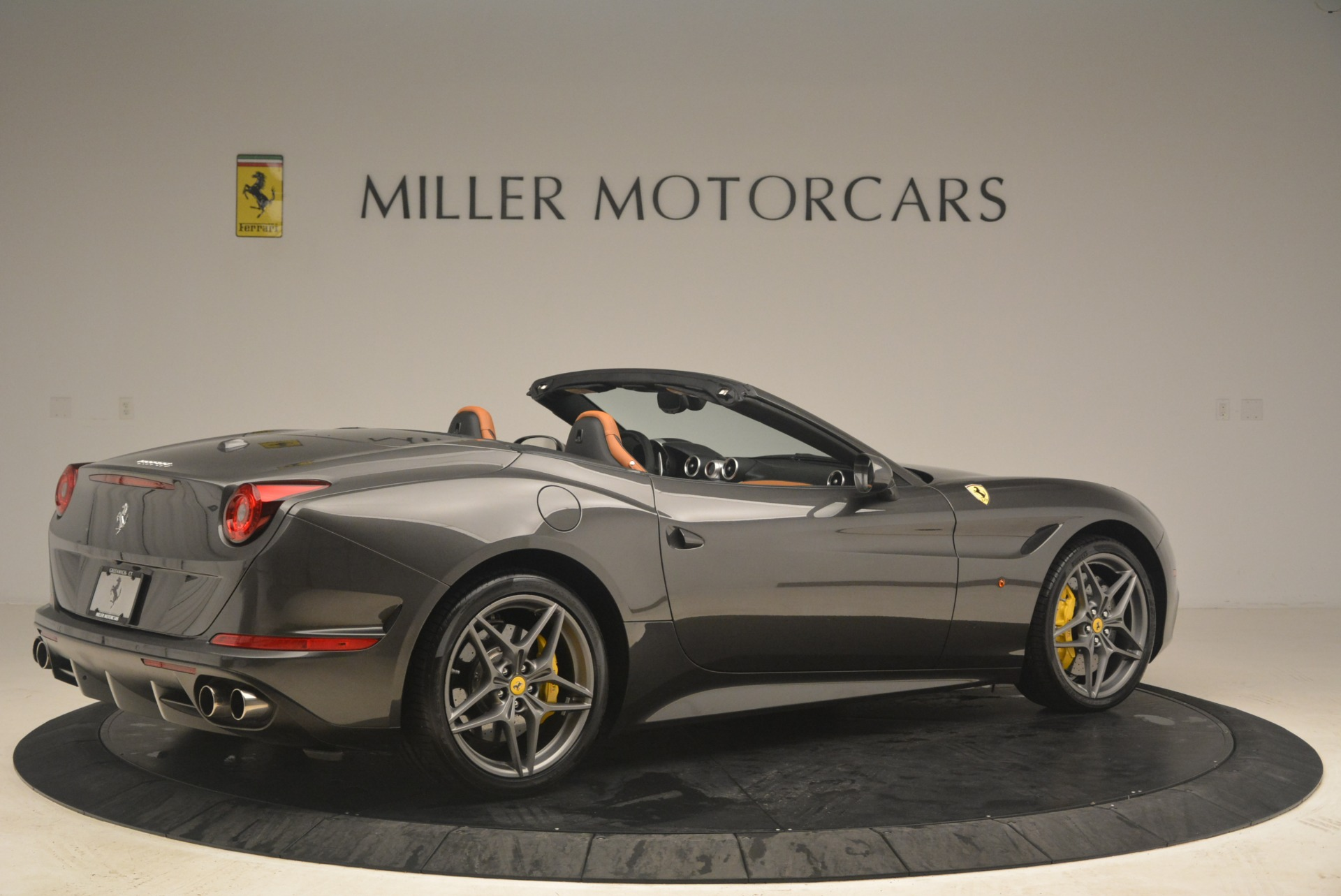 Used 2015 Ferrari California T  For Sale In Greenwich, CT. Alfa Romeo of Greenwich, 4478 2286_p8