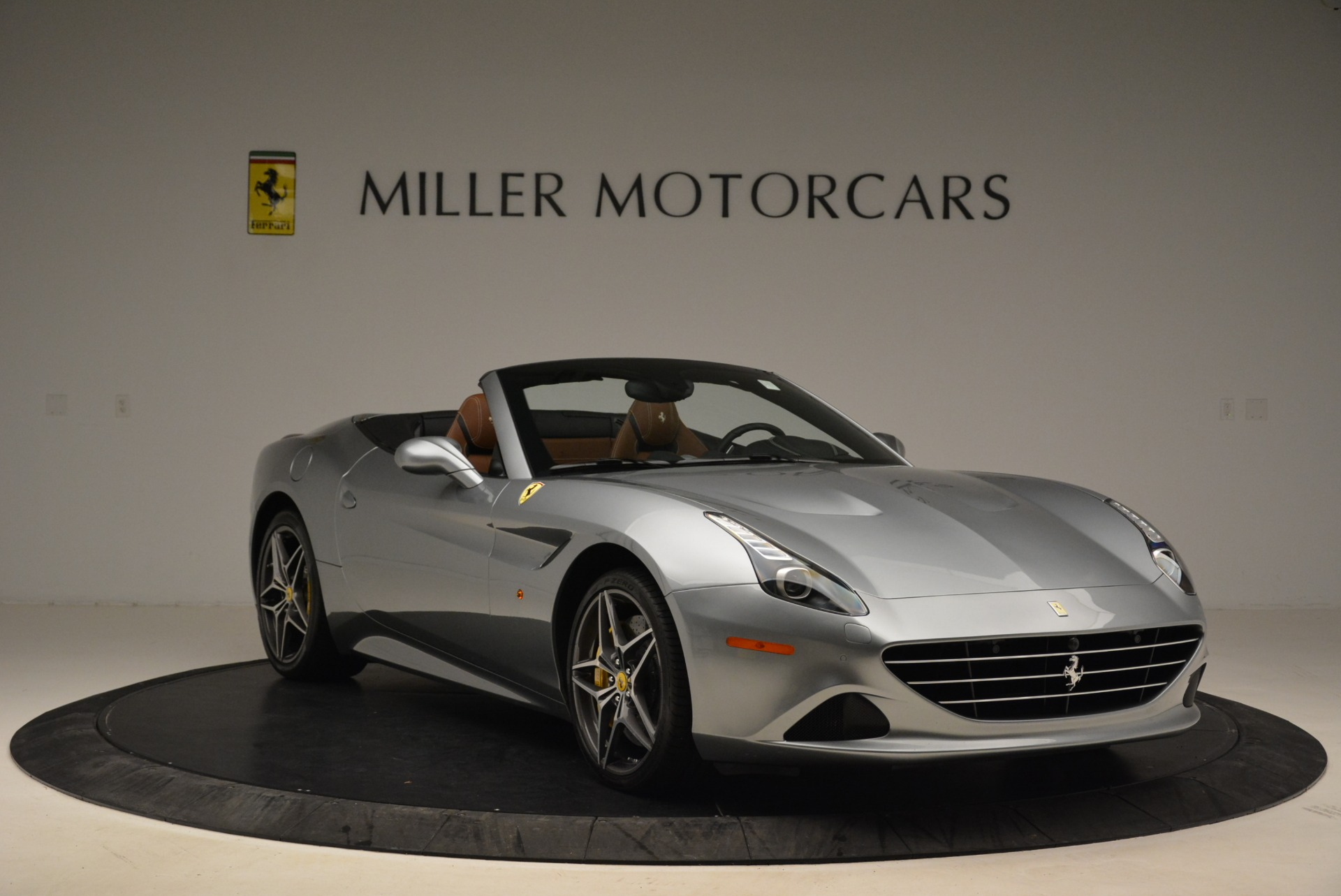 Used 2018 Ferrari California T  For Sale In Greenwich, CT. Alfa Romeo of Greenwich, F1821B 2287_p11