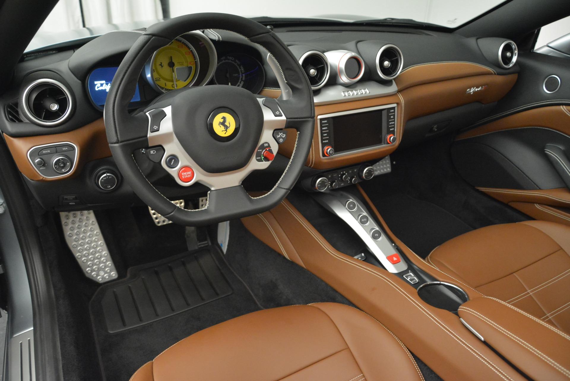 Used 2018 Ferrari California T  For Sale In Greenwich, CT. Alfa Romeo of Greenwich, F1821B 2287_p25