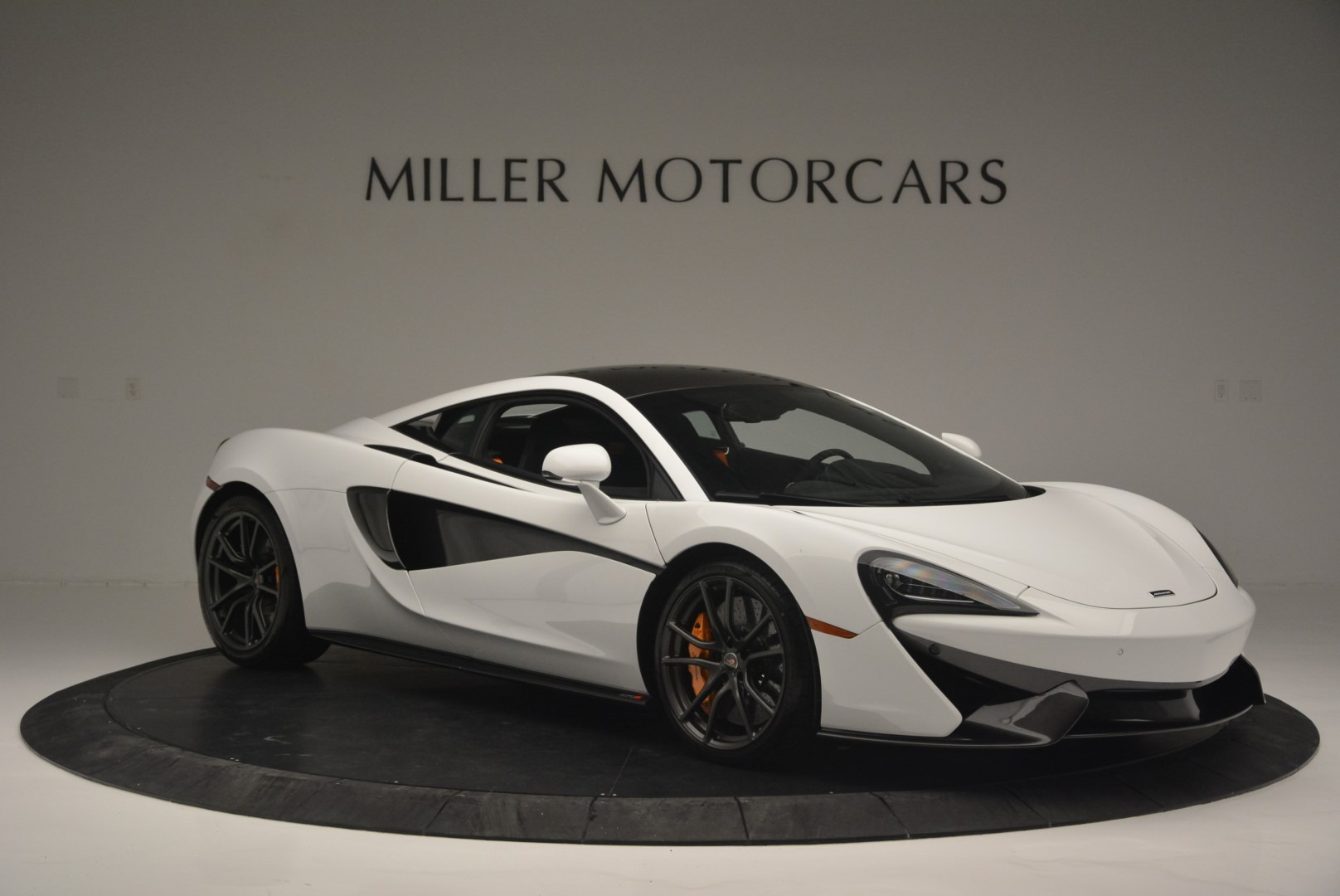 Used 2018 McLaren 570S Track Pack For Sale In Greenwich, CT. Alfa Romeo of Greenwich, MC364 2290_p10