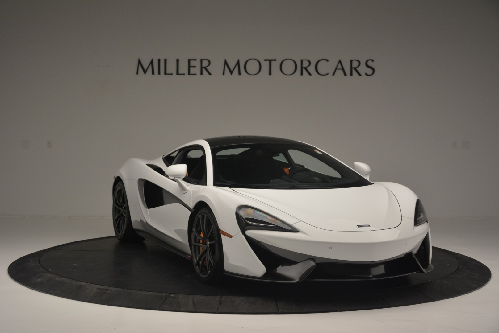Used 2018 McLaren 570S Track Pack For Sale In Greenwich, CT. Alfa Romeo of Greenwich, MC364 2290_p11