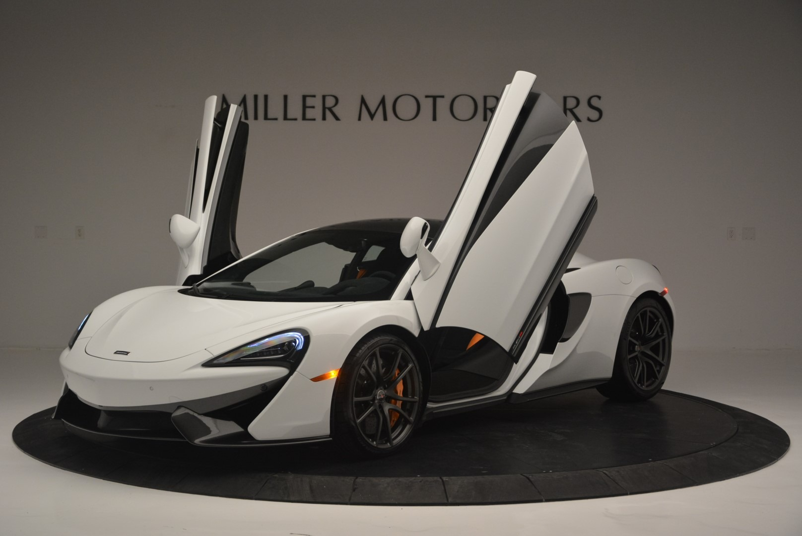 Used 2018 McLaren 570S Track Pack For Sale In Greenwich, CT. Alfa Romeo of Greenwich, MC364 2290_p14
