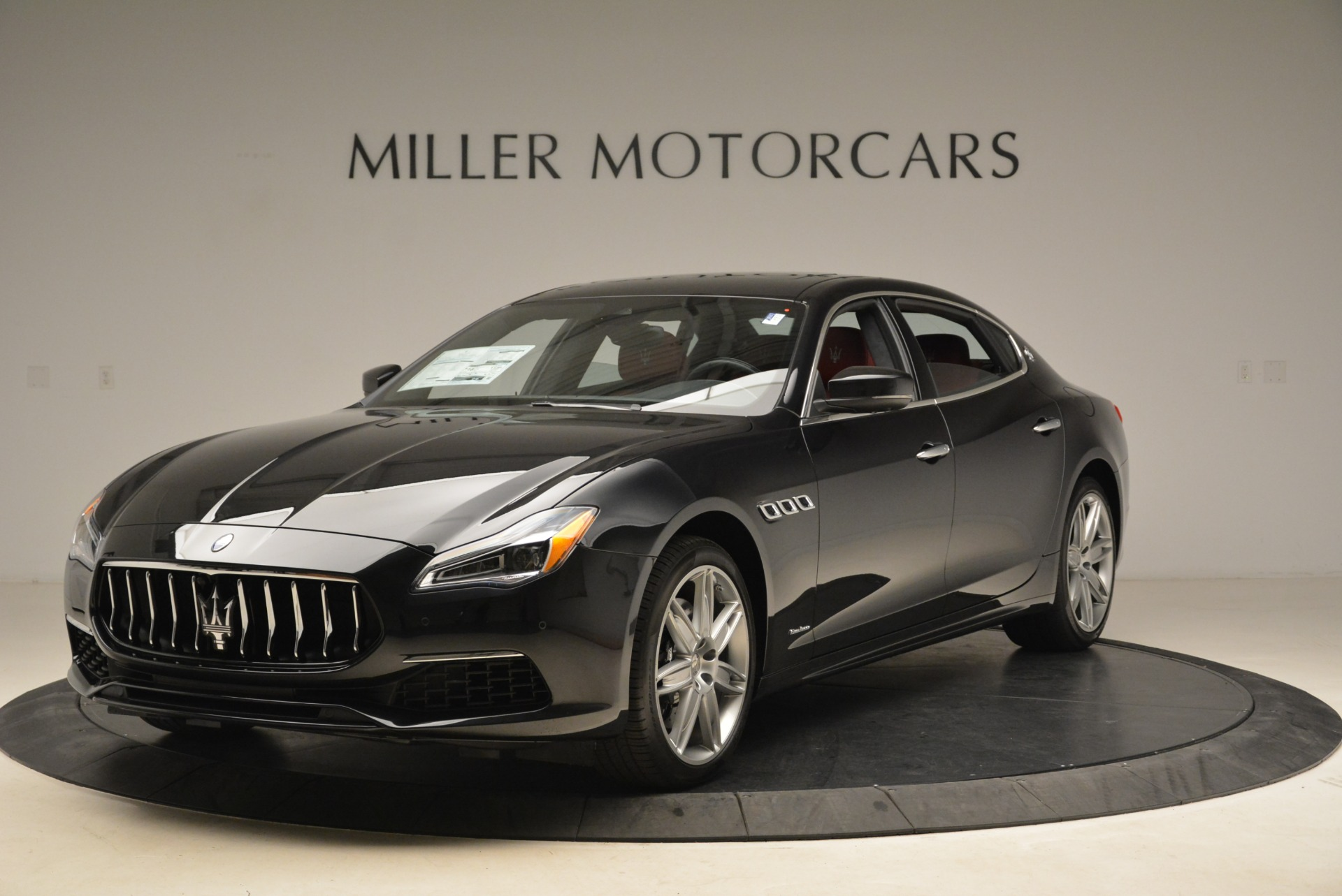New 2018 Maserati Quattroporte S Q4 GranLusso For Sale In Greenwich, CT. Alfa Romeo of Greenwich, M2164 2296_main