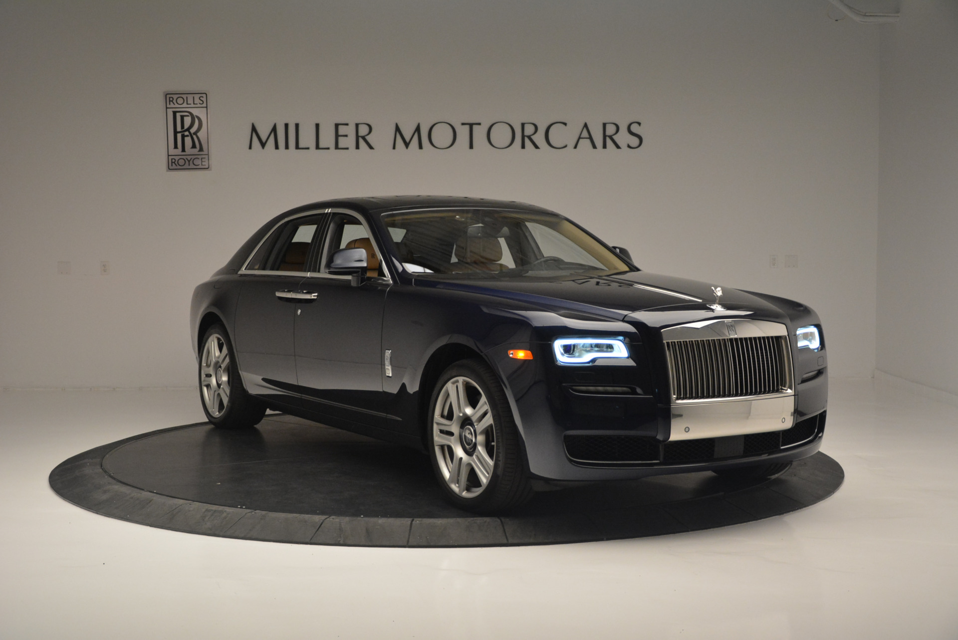 Used 2015 Rolls-Royce Ghost  For Sale In Greenwich, CT. Alfa Romeo of Greenwich, 7384 2297_p11