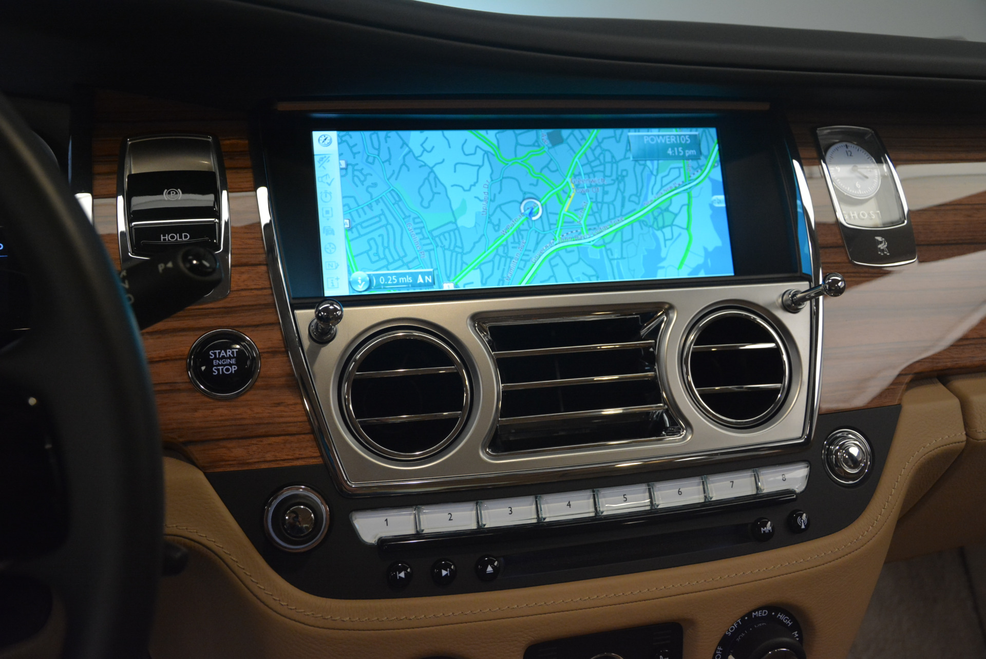 Used 2015 Rolls-Royce Ghost  For Sale In Greenwich, CT. Alfa Romeo of Greenwich, 7384 2297_p21