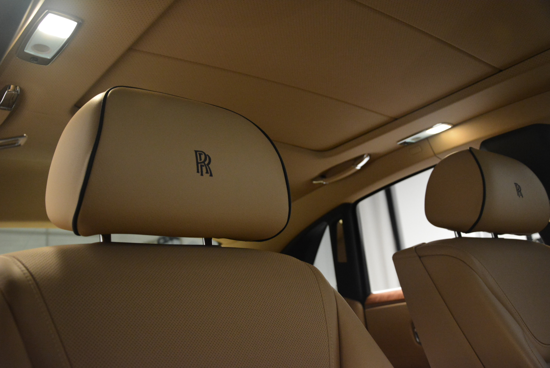 Used 2015 Rolls-Royce Ghost  For Sale In Greenwich, CT. Alfa Romeo of Greenwich, 7384 2297_p25