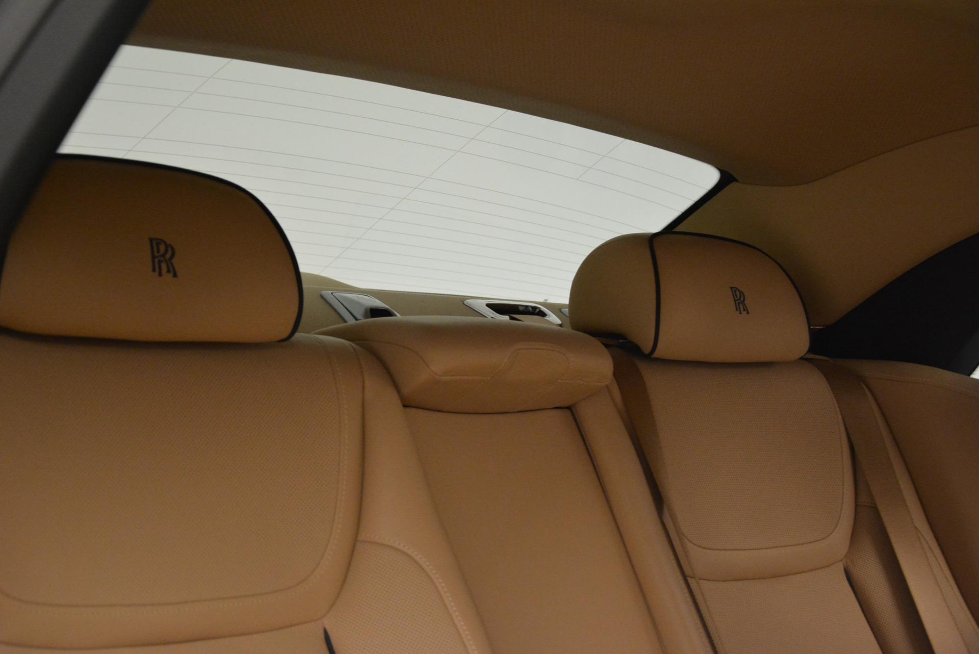 Used 2015 Rolls-Royce Ghost  For Sale In Greenwich, CT. Alfa Romeo of Greenwich, 7384 2297_p32