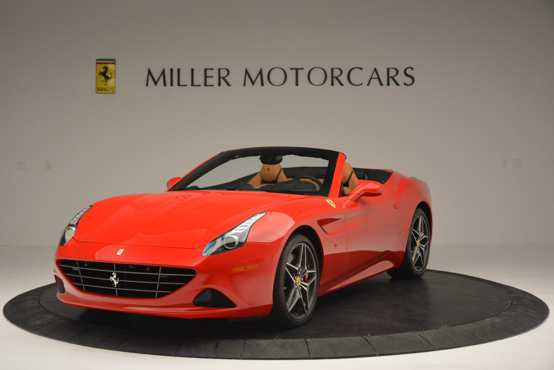 Used 2016 Ferrari California T Handling Speciale For Sale In Greenwich, CT. Alfa Romeo of Greenwich, 4486