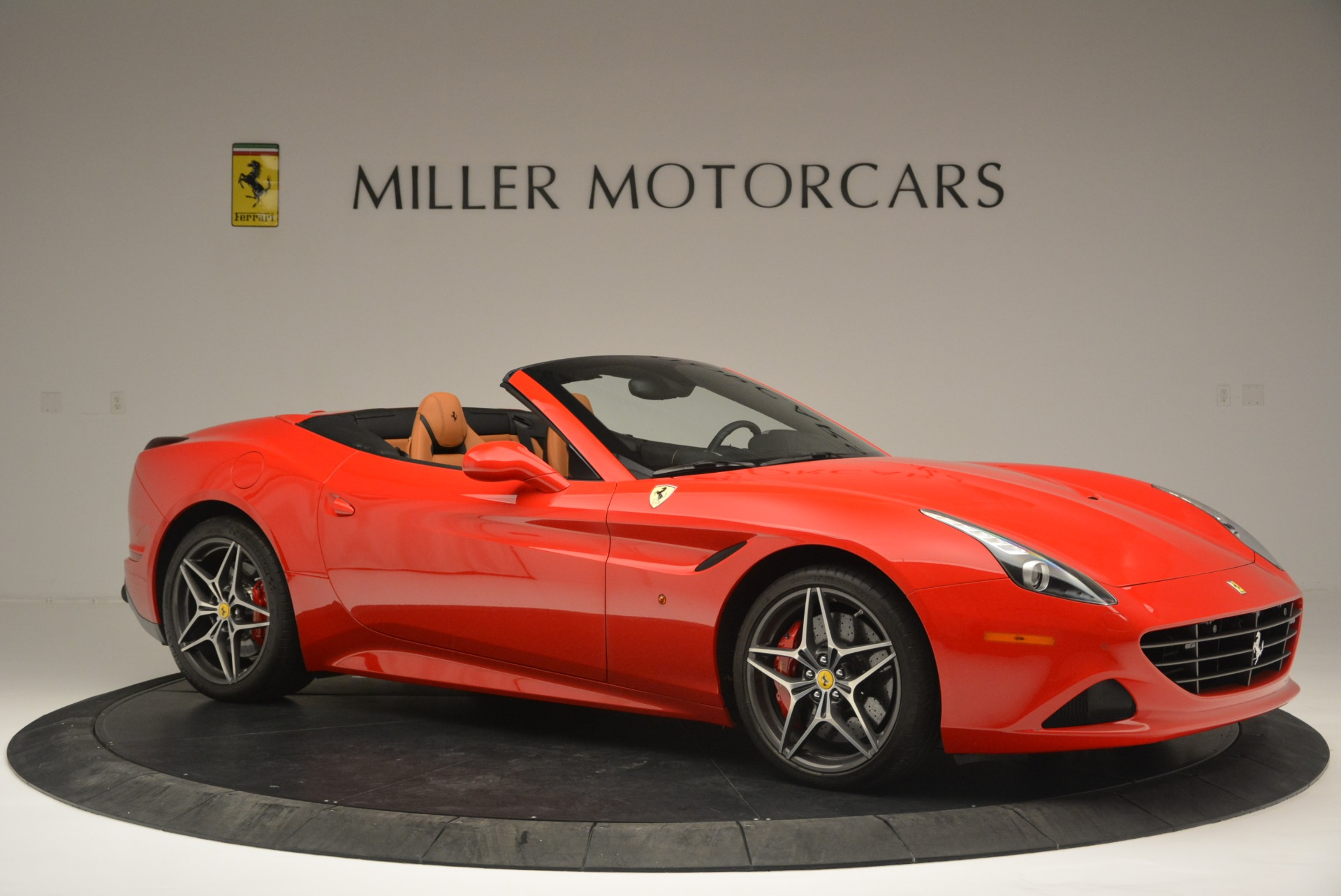 Used 2016 Ferrari California T Handling Speciale For Sale In Greenwich, CT. Alfa Romeo of Greenwich, 4486 2298_p10