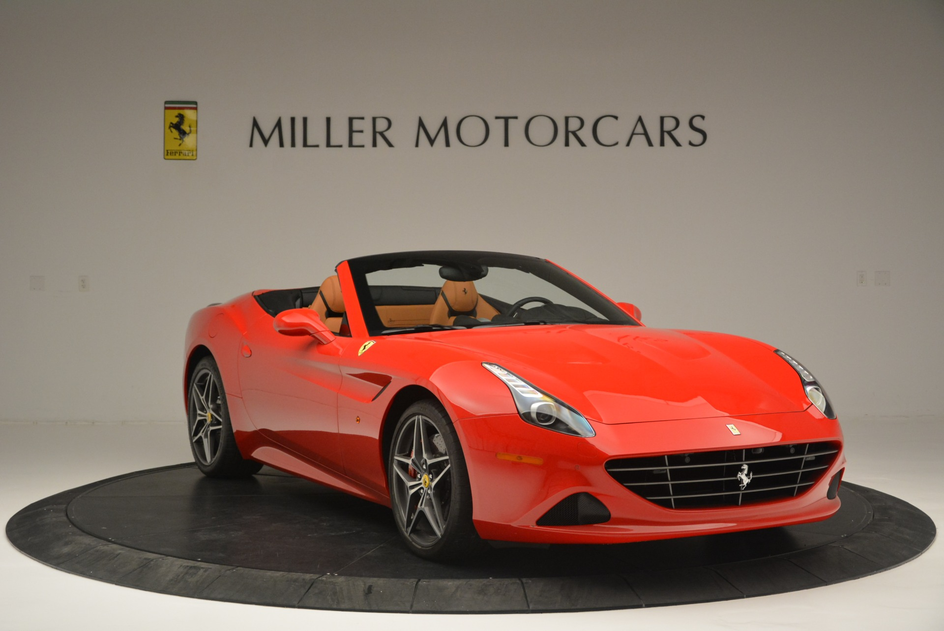 Used 2016 Ferrari California T Handling Speciale For Sale In Greenwich, CT. Alfa Romeo of Greenwich, 4486 2298_p11