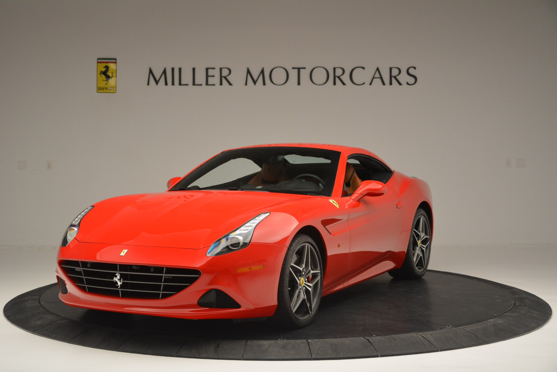 Used 2016 Ferrari California T Handling Speciale For Sale In Greenwich, CT. Alfa Romeo of Greenwich, 4486 2298_p13