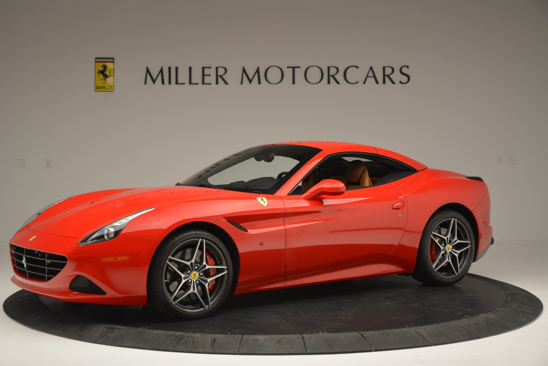 Used 2016 Ferrari California T Handling Speciale For Sale In Greenwich, CT. Alfa Romeo of Greenwich, 4486 2298_p14