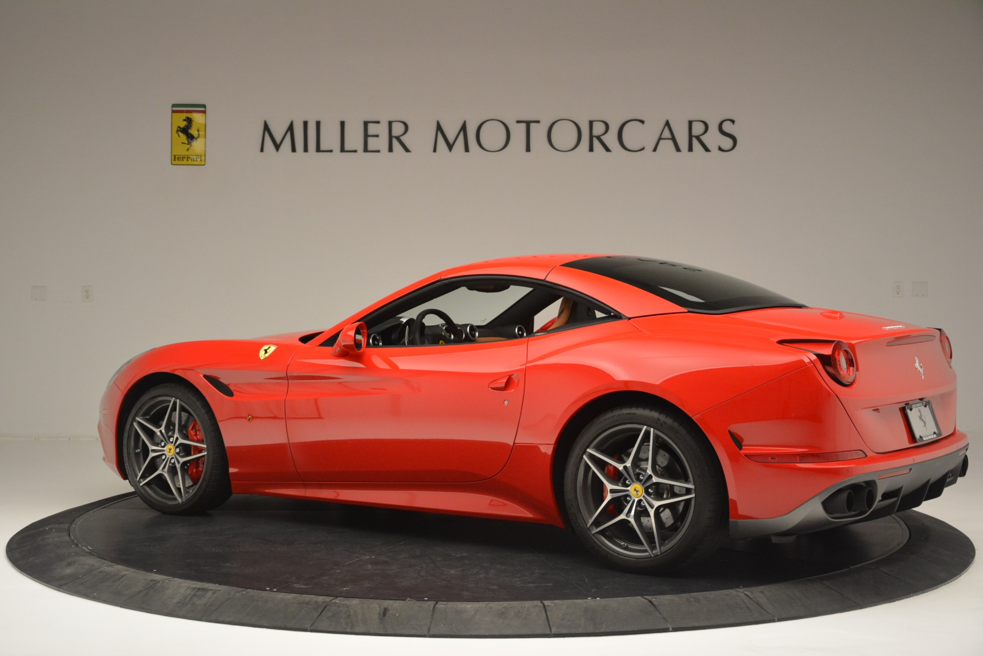 Used 2016 Ferrari California T Handling Speciale For Sale In Greenwich, CT. Alfa Romeo of Greenwich, 4486 2298_p16