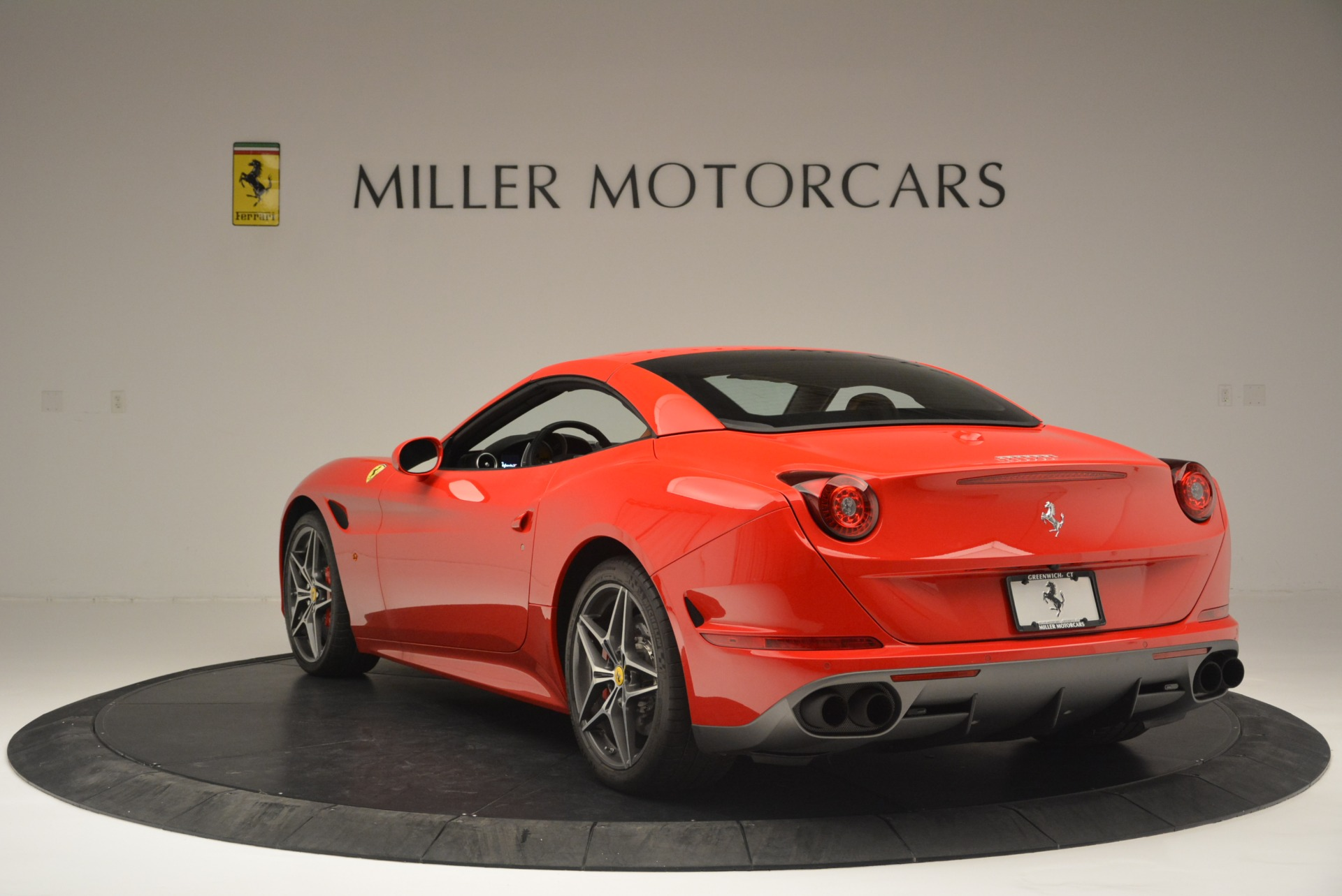 Used 2016 Ferrari California T Handling Speciale For Sale In Greenwich, CT. Alfa Romeo of Greenwich, 4486 2298_p17