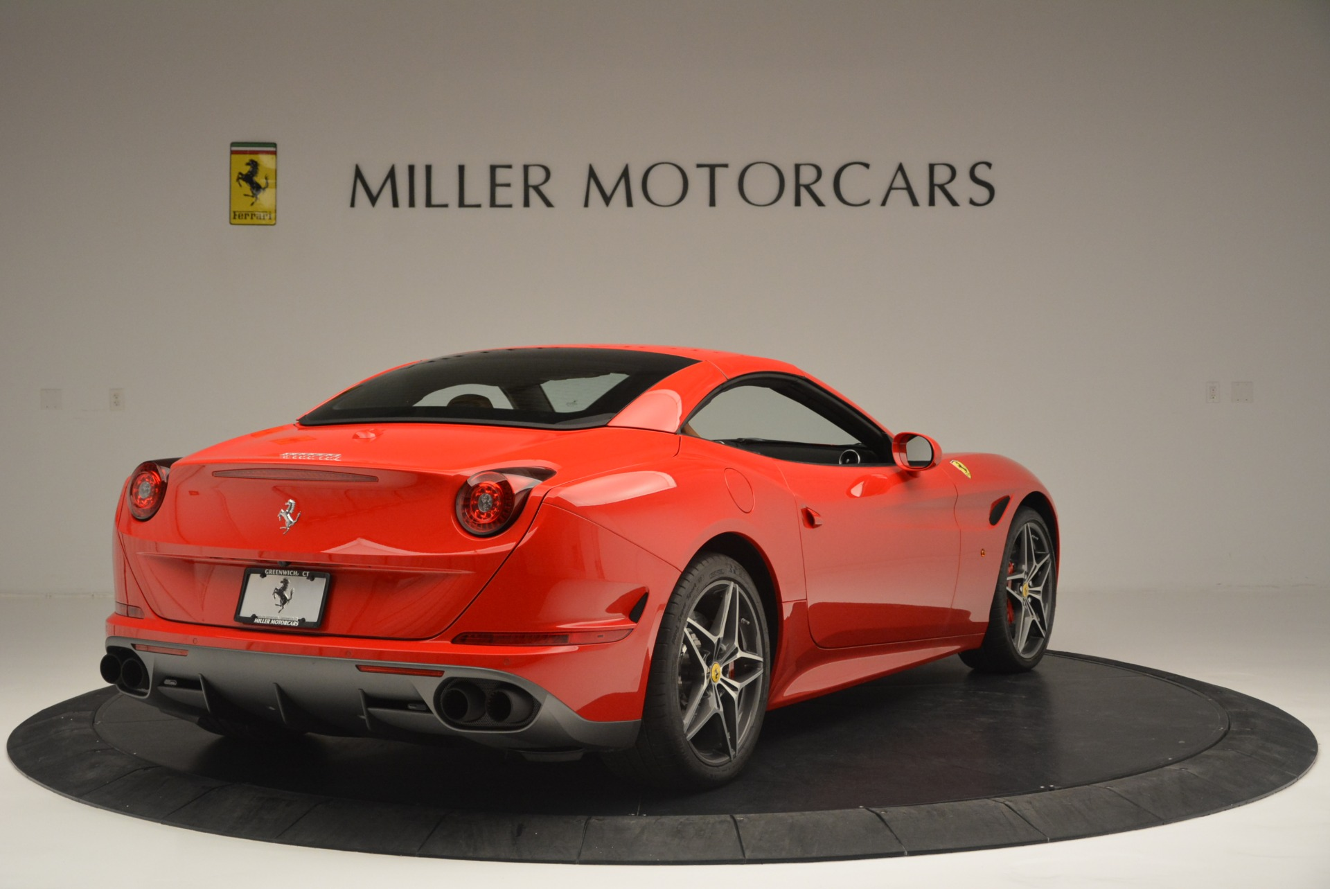 Used 2016 Ferrari California T Handling Speciale For Sale In Greenwich, CT. Alfa Romeo of Greenwich, 4486 2298_p19