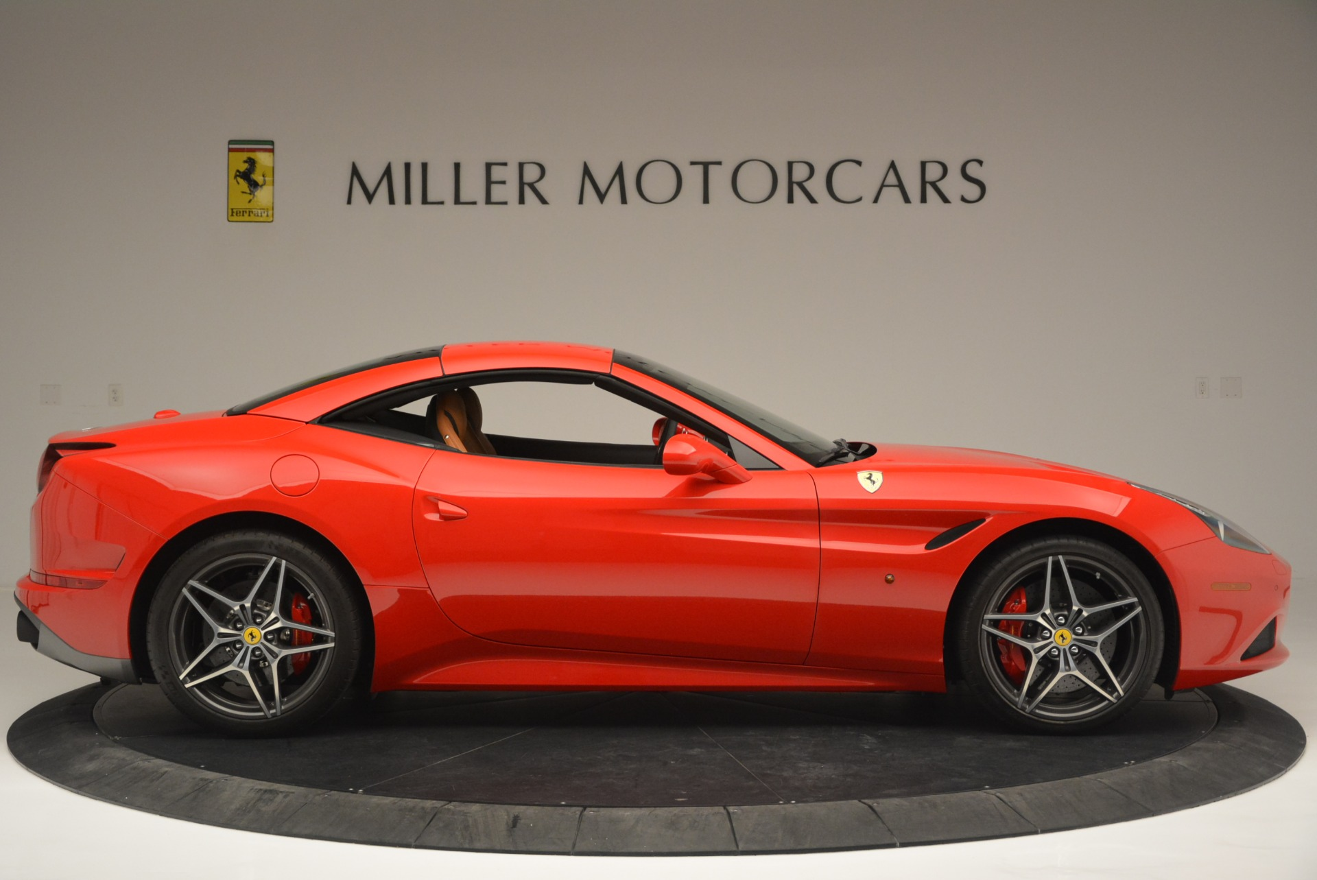 Used 2016 Ferrari California T Handling Speciale For Sale In Greenwich, CT. Alfa Romeo of Greenwich, 4486 2298_p21