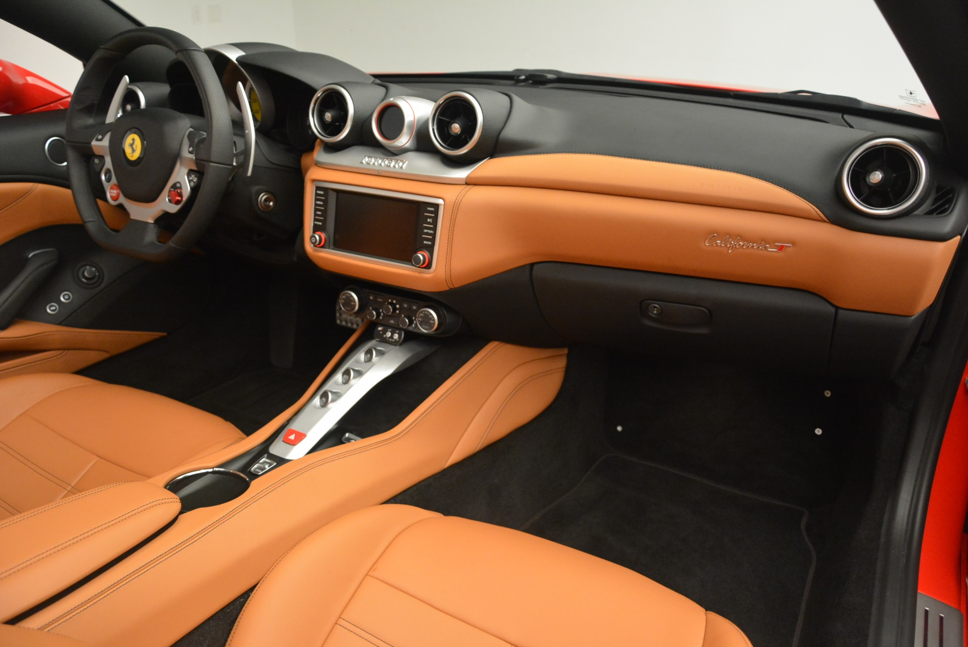 Used 2016 Ferrari California T Handling Speciale For Sale In Greenwich, CT. Alfa Romeo of Greenwich, 4486 2298_p30