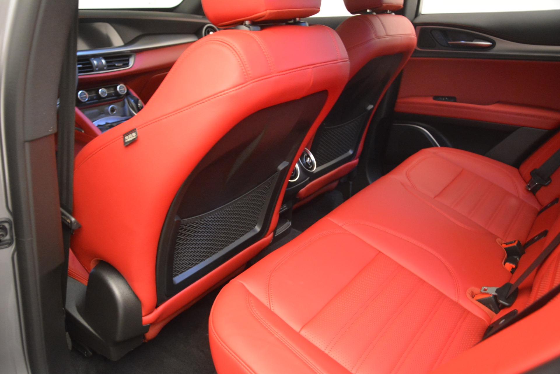 New 2018 Alfa Romeo Stelvio Ti Sport Q4 For Sale In Greenwich, CT. Alfa Romeo of Greenwich, L411 2299_p19