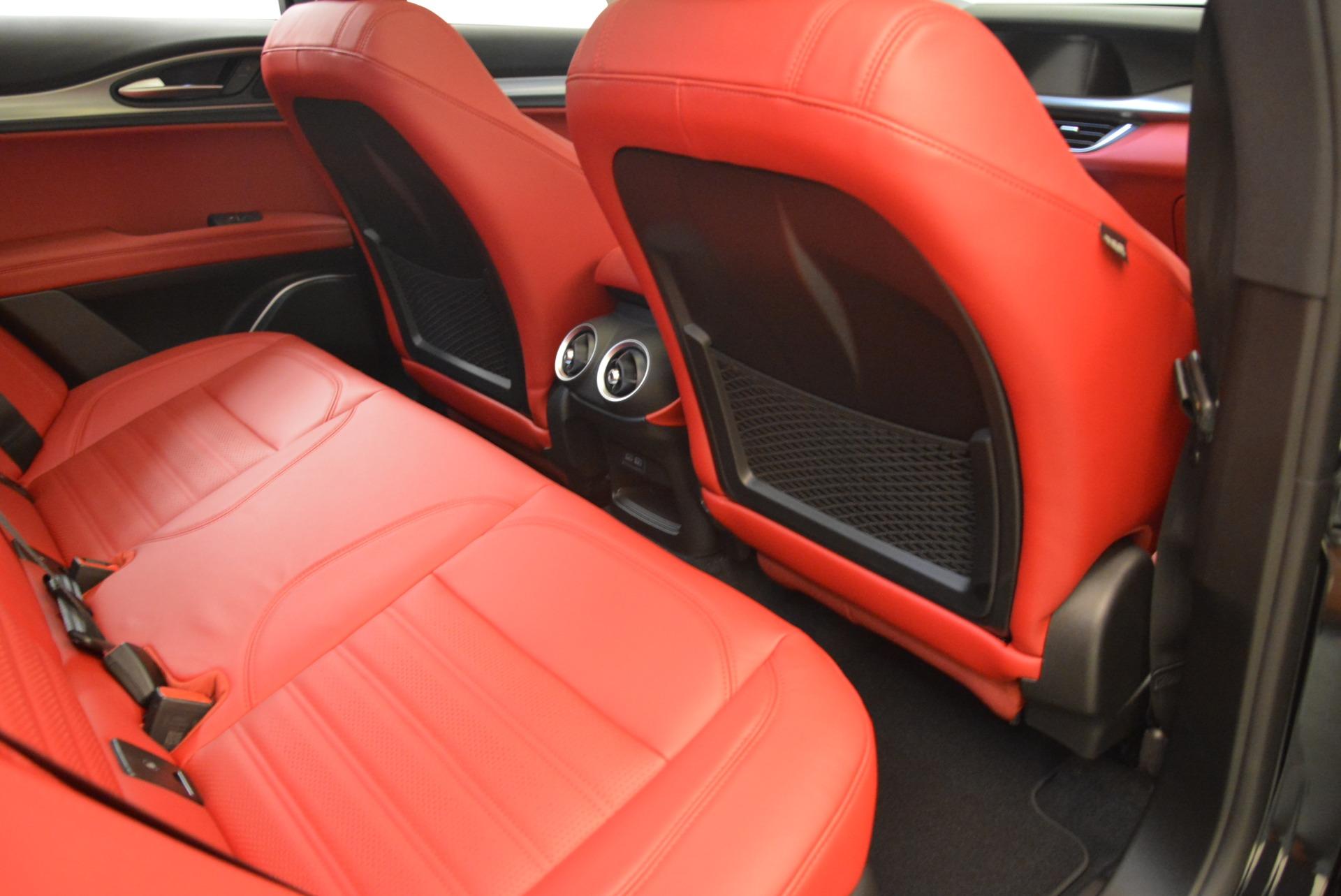 New 2018 Alfa Romeo Stelvio Ti Sport Q4 For Sale In Greenwich, CT. Alfa Romeo of Greenwich, LW172 2300_p22