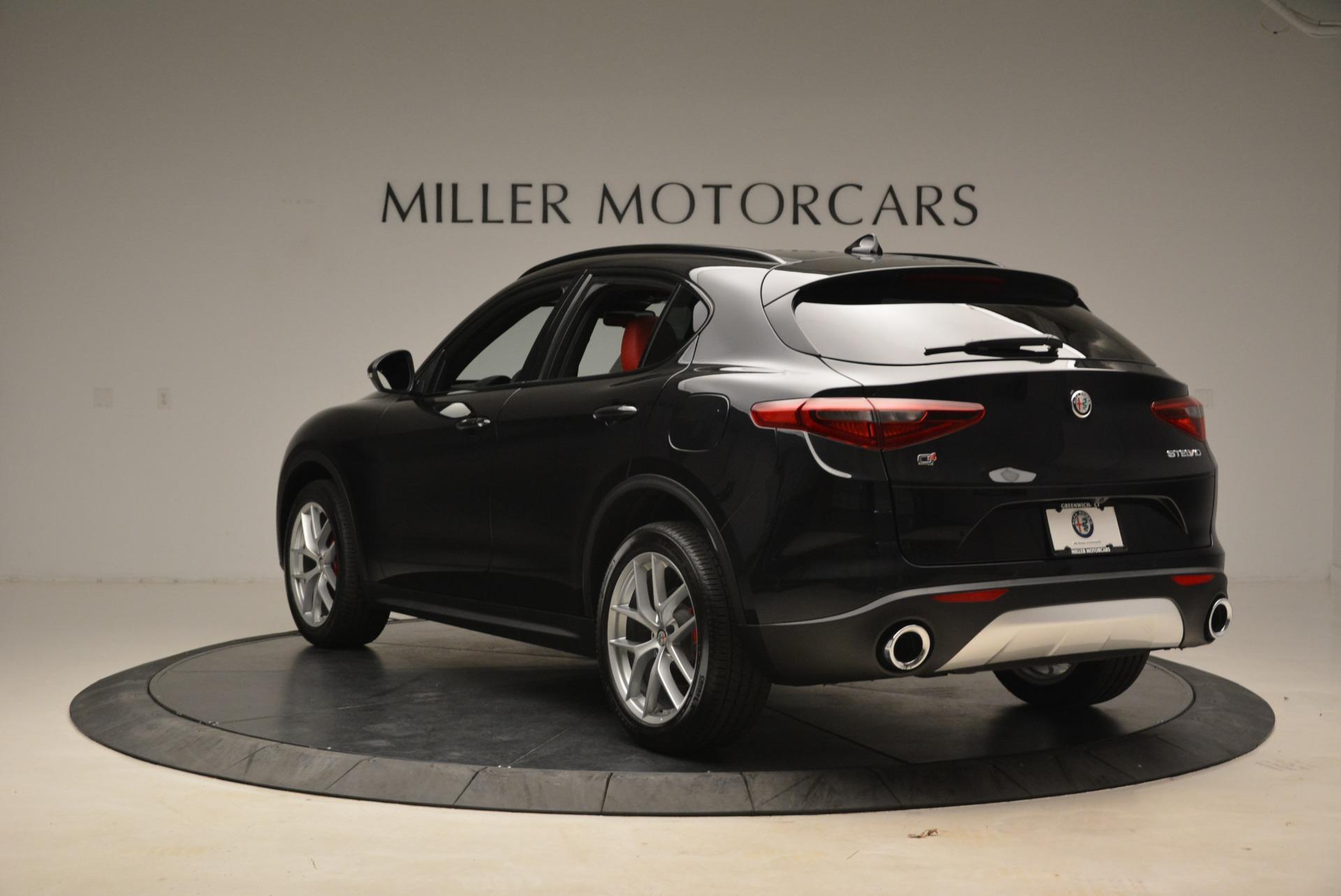 New 2018 Alfa Romeo Stelvio Ti Sport Q4 For Sale In Greenwich, CT. Alfa Romeo of Greenwich, LW172 2300_p5