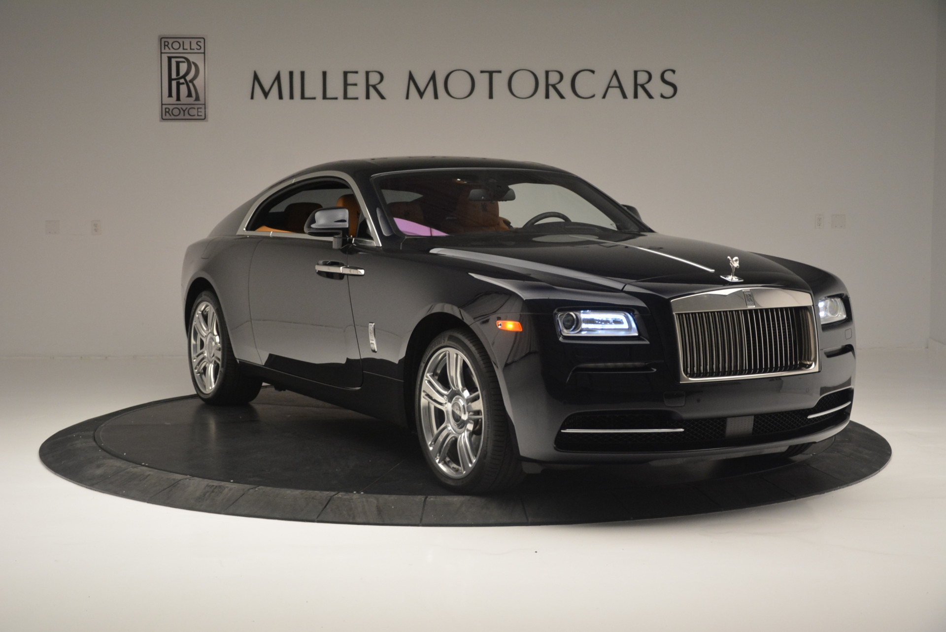 Used 2014 Rolls-Royce Wraith  For Sale In Greenwich, CT. Alfa Romeo of Greenwich, B1250A 2305_p11
