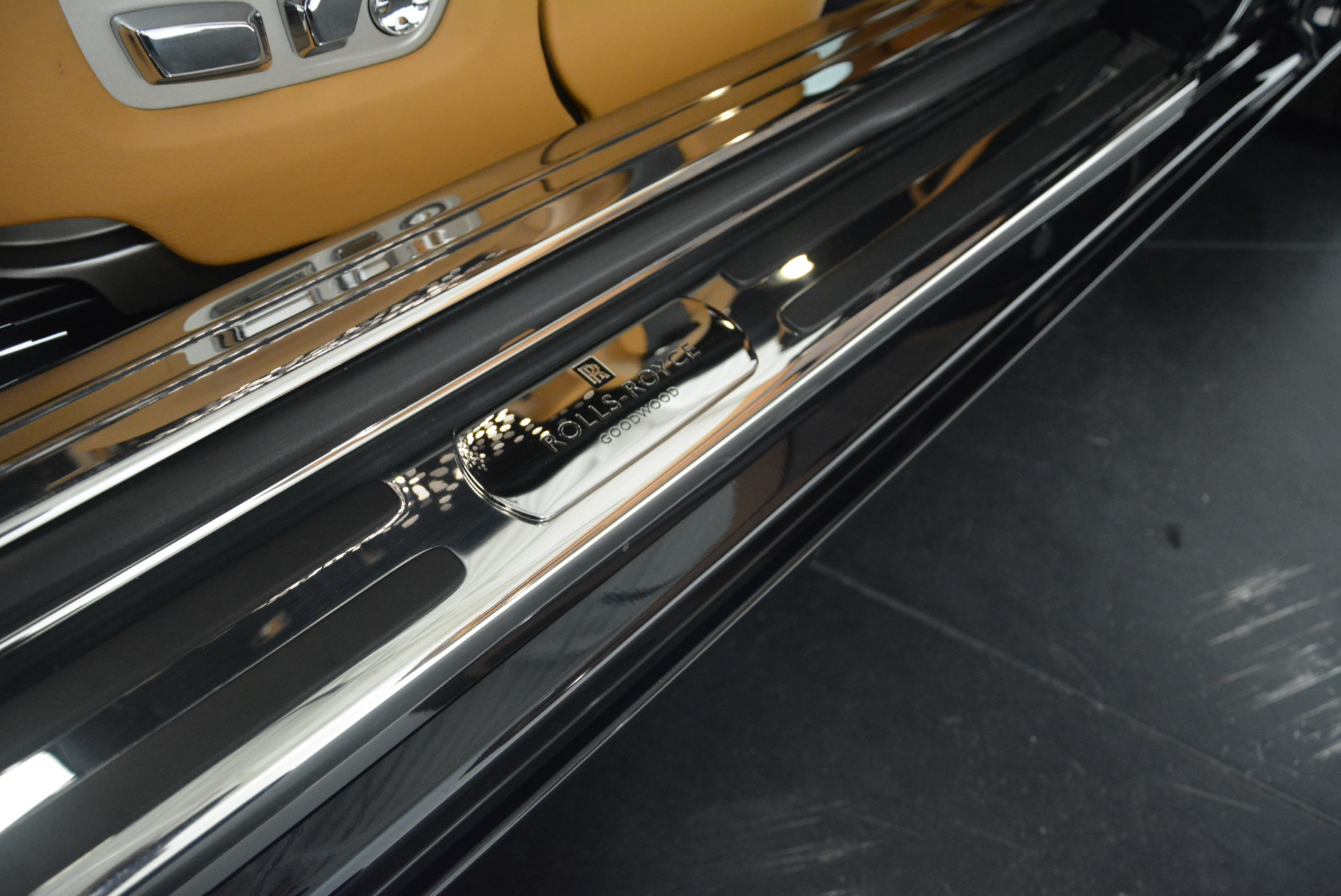 Used 2014 Rolls-Royce Wraith  For Sale In Greenwich, CT. Alfa Romeo of Greenwich, B1250A 2305_p16
