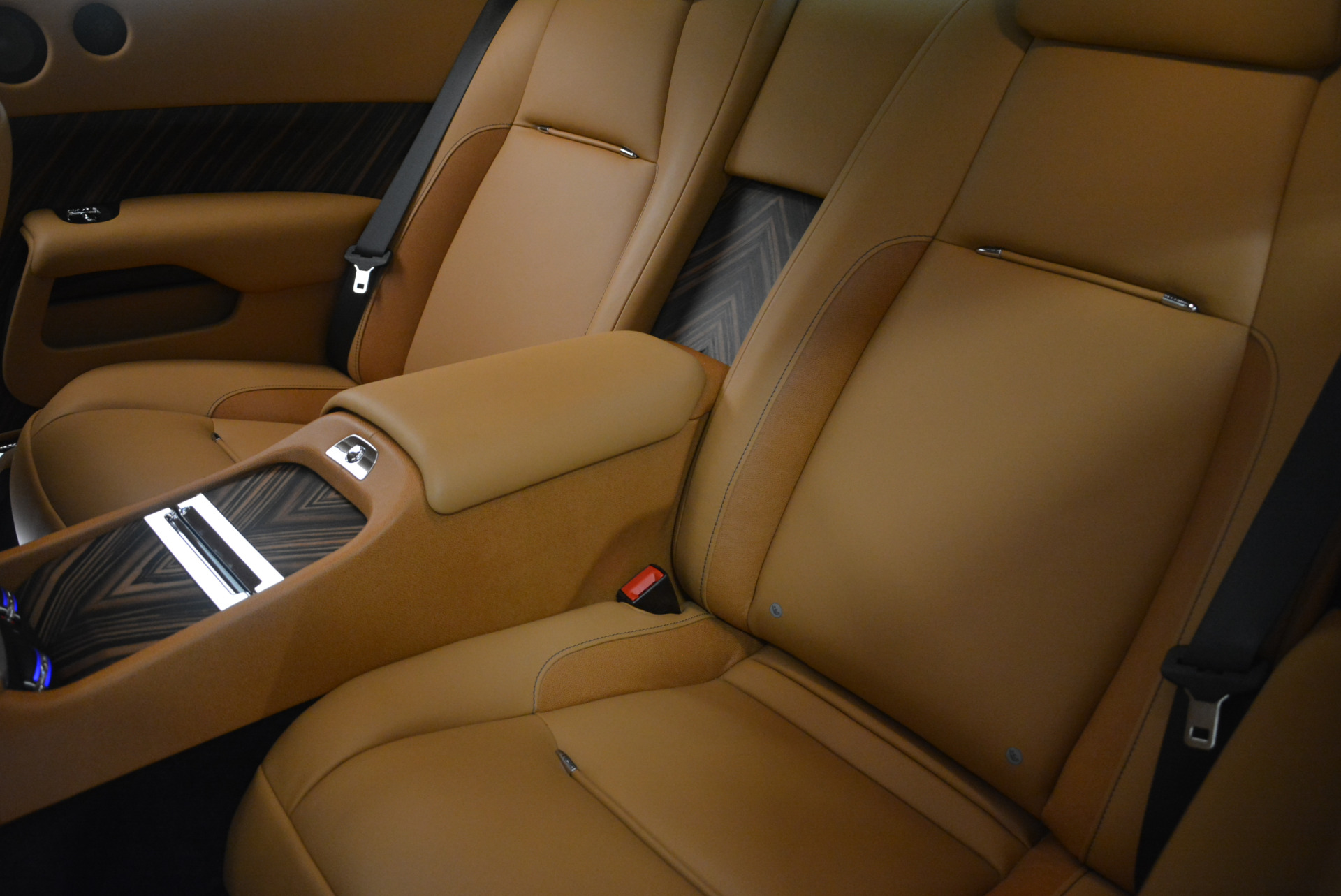 Used 2014 Rolls-Royce Wraith  For Sale In Greenwich, CT. Alfa Romeo of Greenwich, B1250A 2305_p25