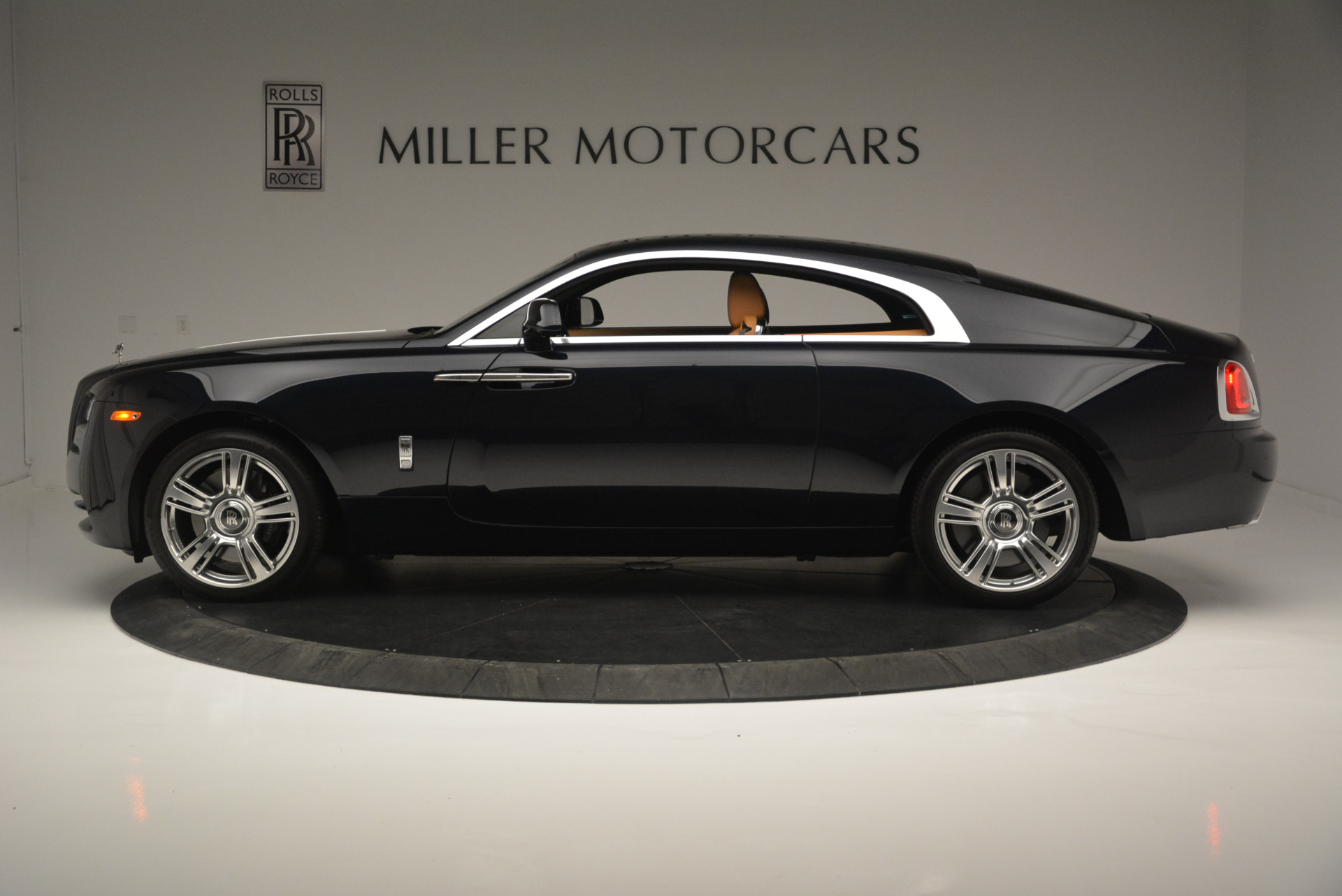 Used 2014 Rolls-Royce Wraith  For Sale In Greenwich, CT. Alfa Romeo of Greenwich, B1250A 2305_p3