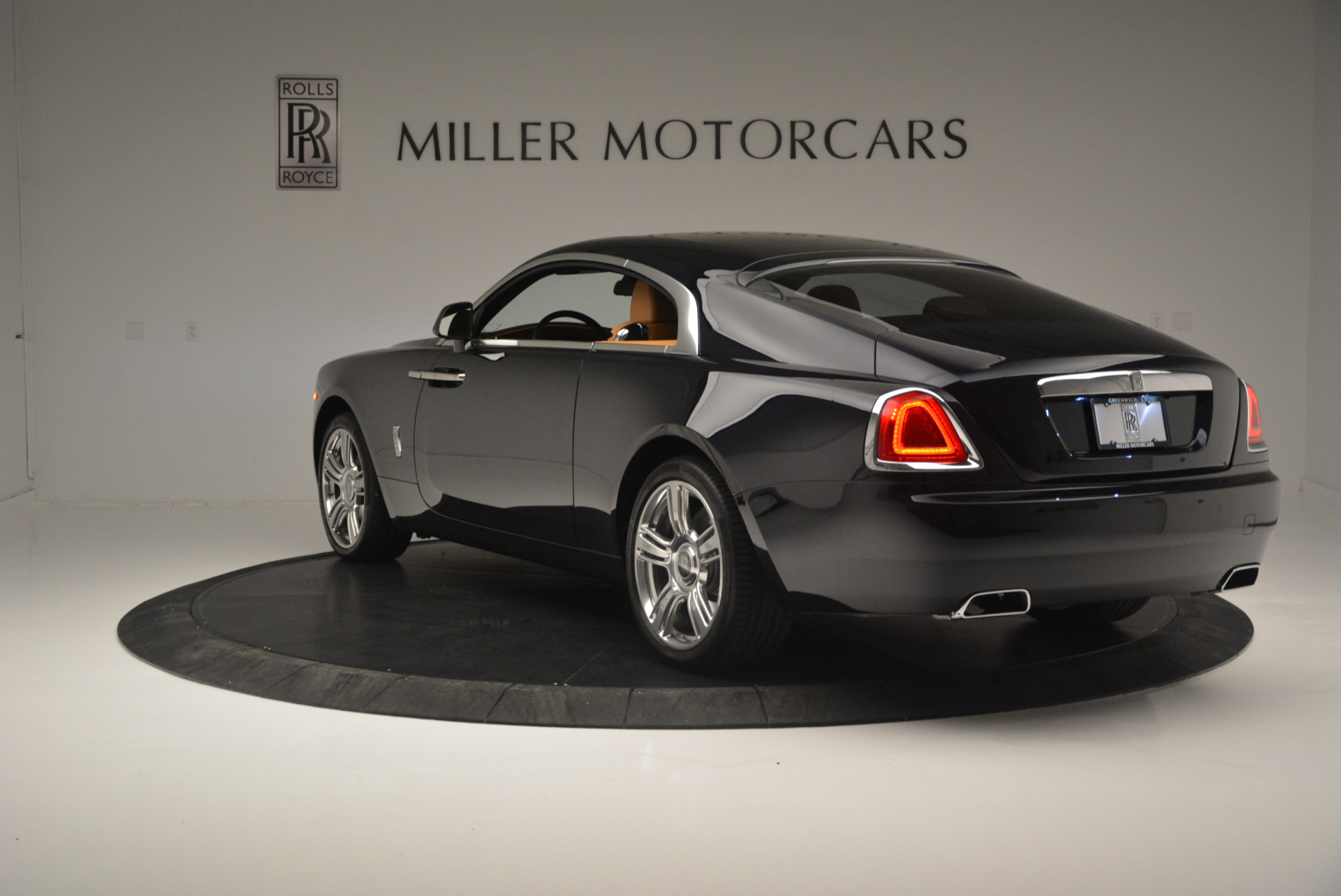 Used 2014 Rolls-Royce Wraith  For Sale In Greenwich, CT. Alfa Romeo of Greenwich, B1250A 2305_p5