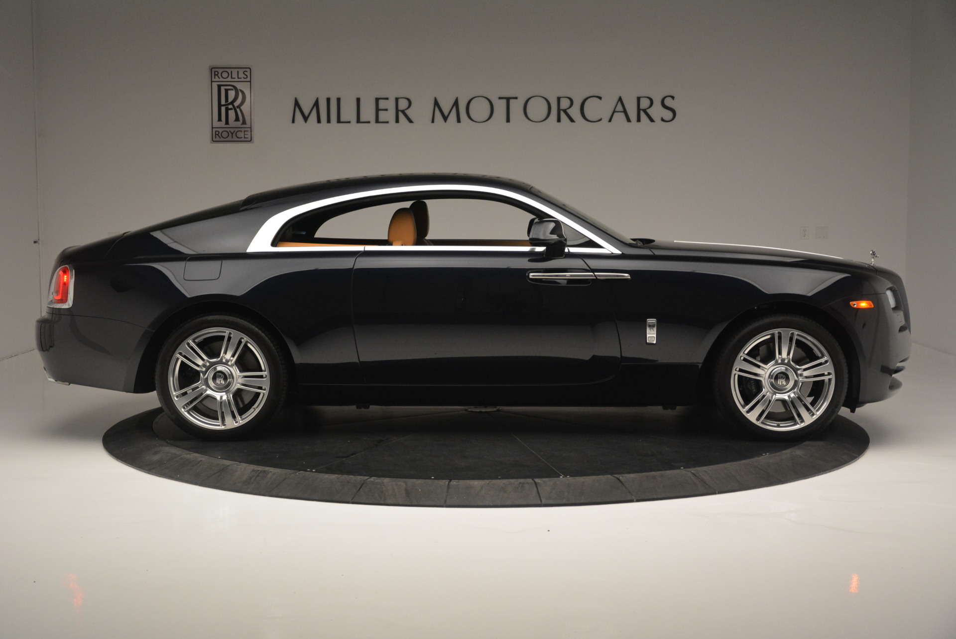 Used 2014 Rolls-Royce Wraith  For Sale In Greenwich, CT. Alfa Romeo of Greenwich, B1250A 2305_p9