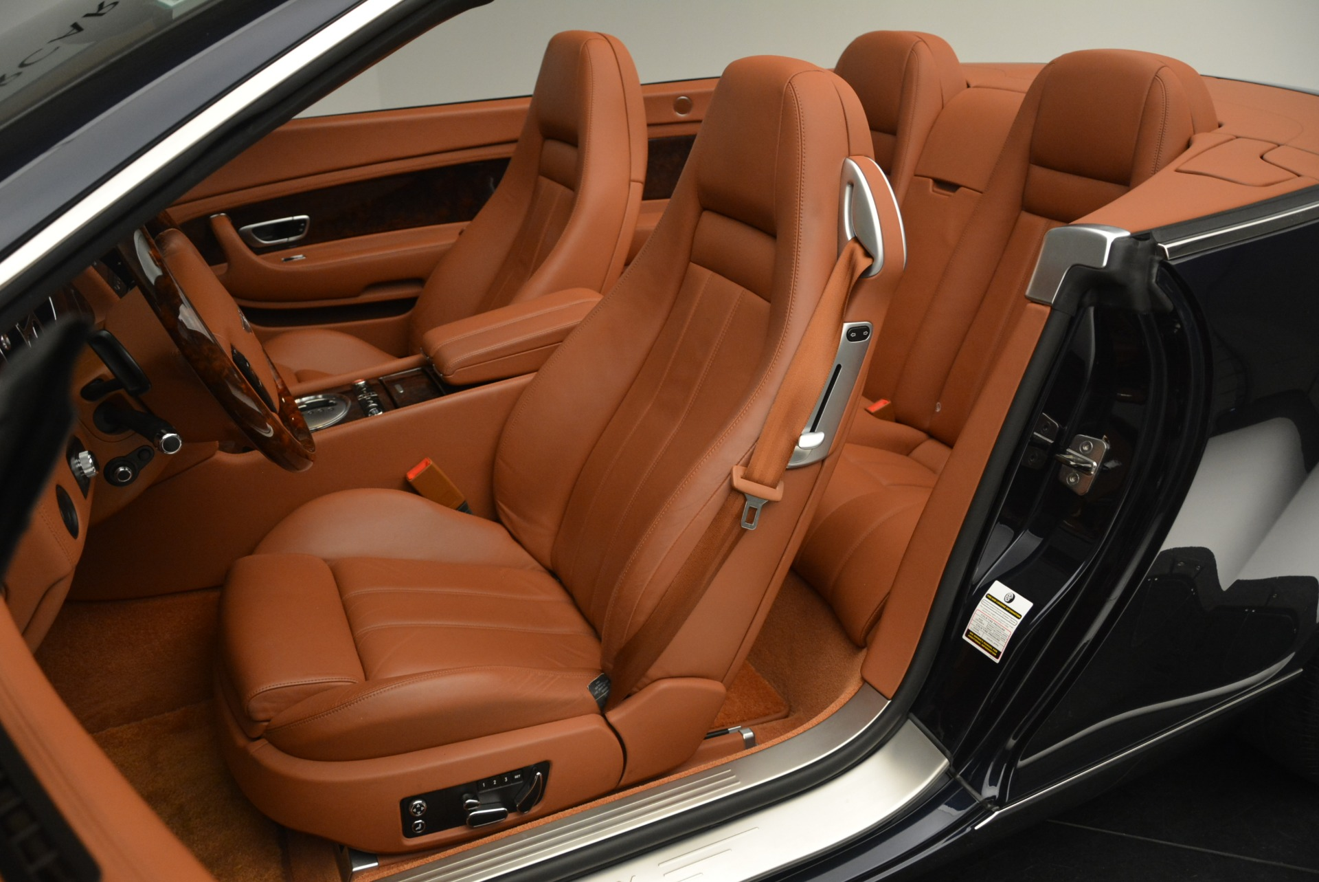 Used 2008 Bentley Continental GTC GT For Sale In Greenwich, CT. Alfa Romeo of Greenwich, 7551 2307_p27